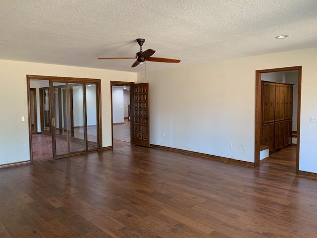 Large photo 56 of home for sale at 6 Pinecrest Drive, Russellville, AR