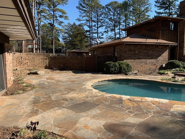 Large photo 90 of home for sale at 6 Pinecrest Drive, Russellville, AR