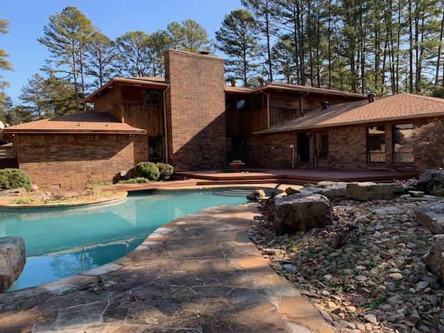 Large photo 92 of home for sale at 6 Pinecrest Drive, Russellville, AR