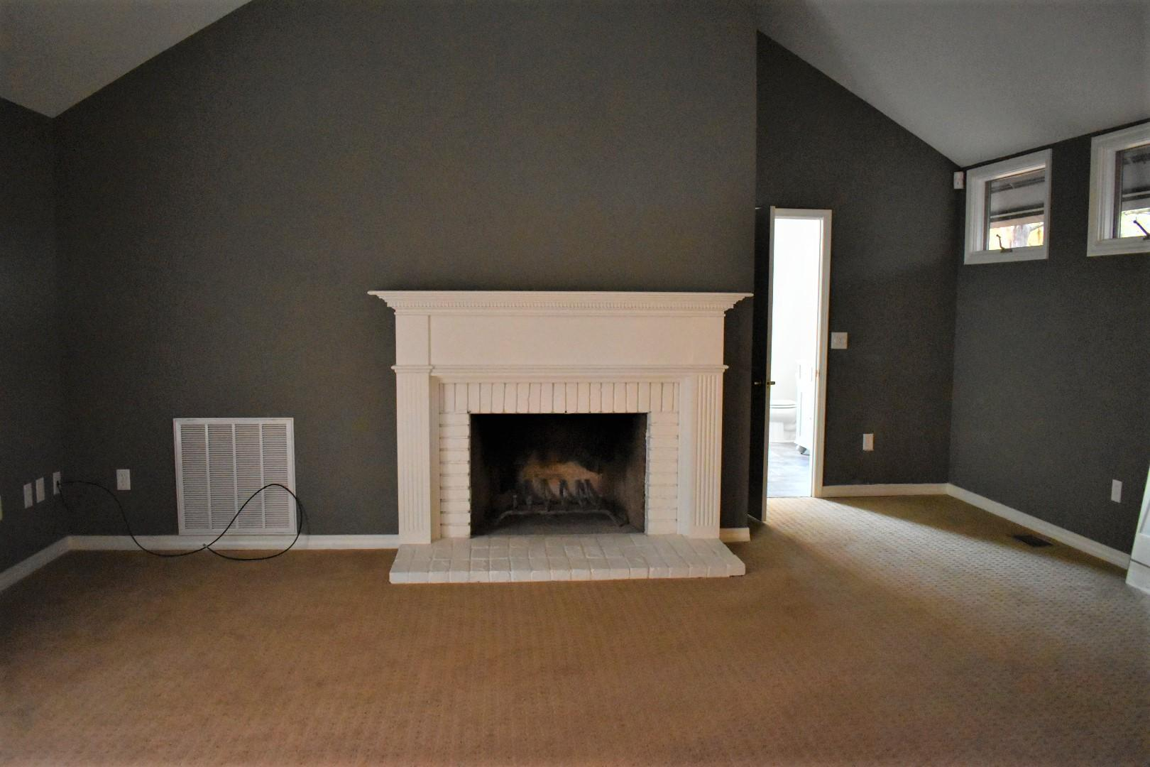 Large photo 19 of home for sale at 1414 Lands End N , Russellville, AR
