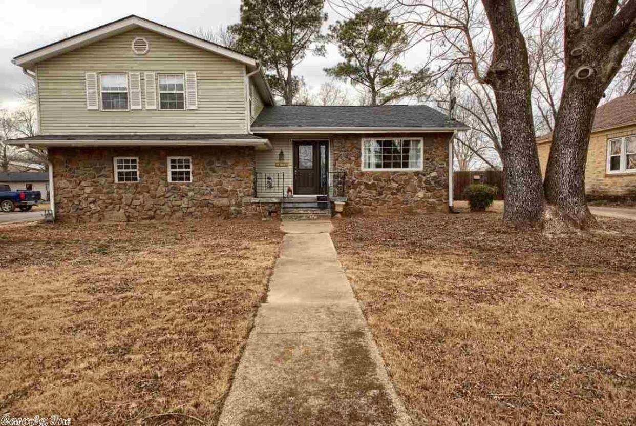 Large photo 1 of home for sale at 9607 AR-7 , Dover, AR