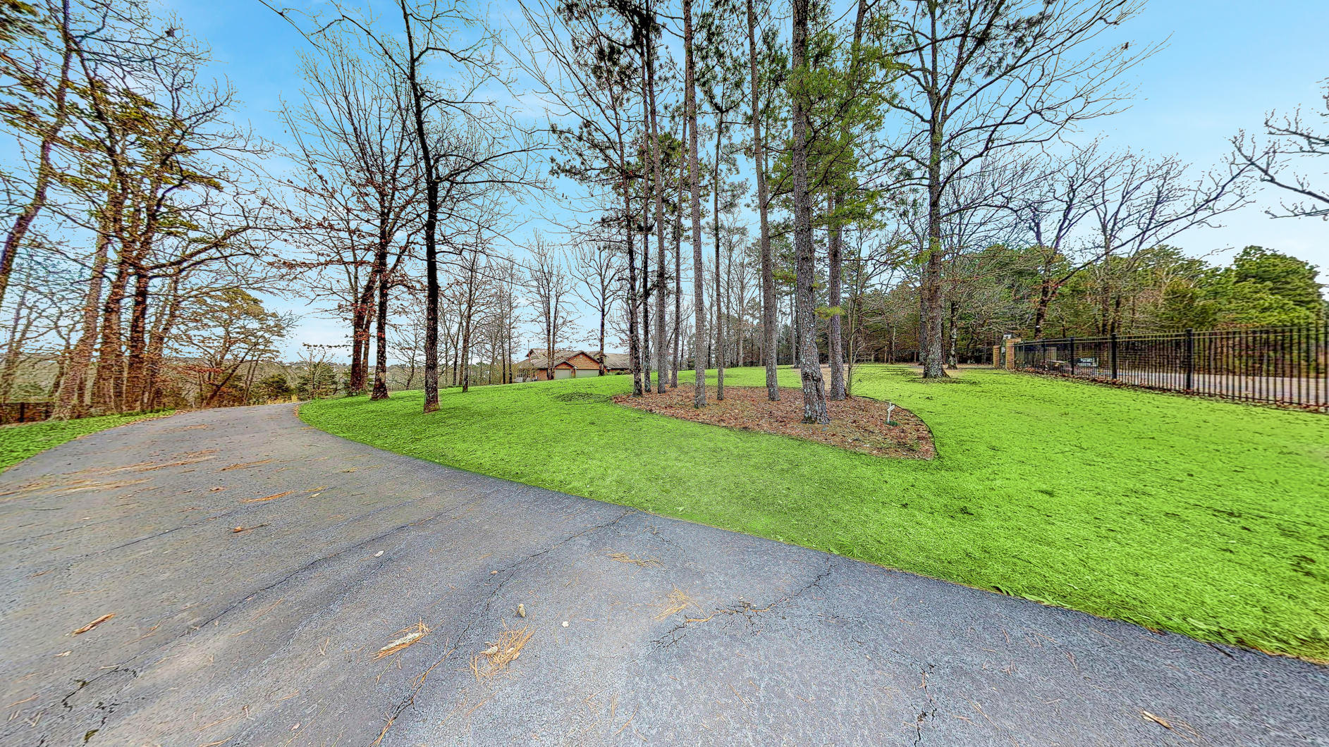 Large photo 31 of home for sale at 220 Rolling River Lane, Russellville, AR