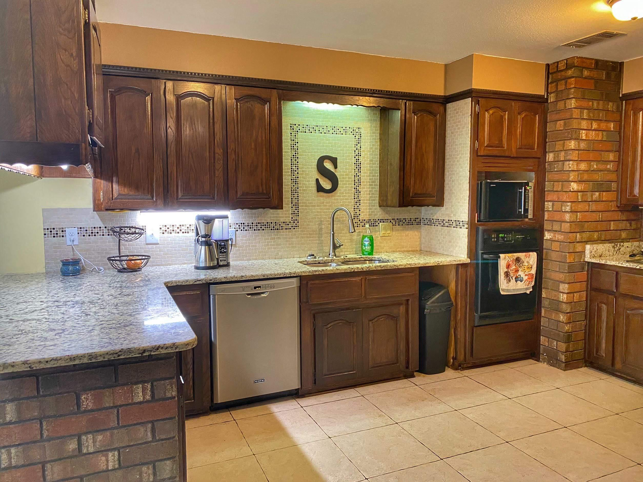 Large photo 13 of home for sale at 985 CR 3380 , Clarksville, AR