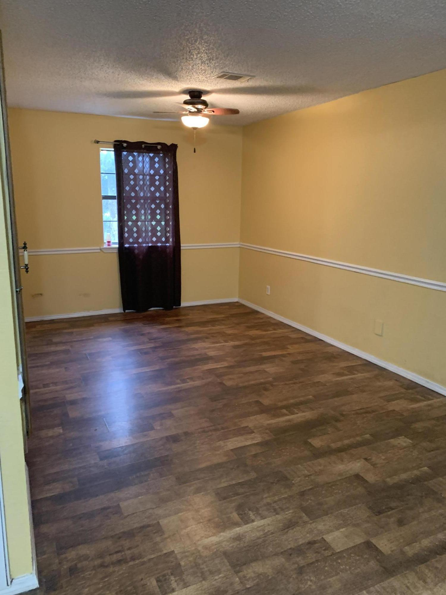 Large photo 4 of home for sale at 12514 Ard Road, Dardanelle, AR