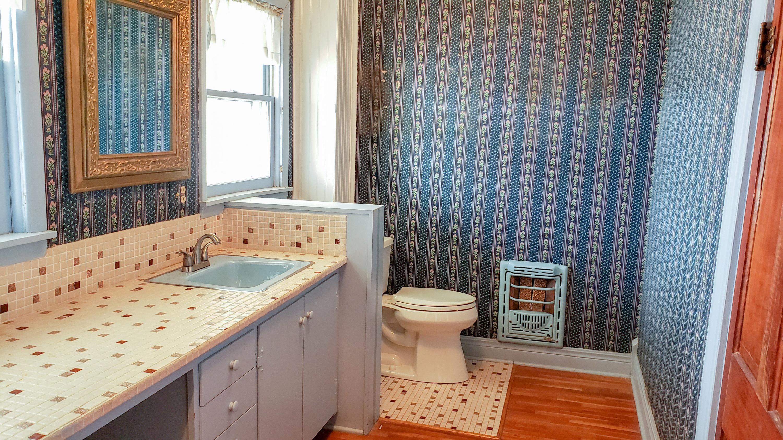 Large photo 10 of Ozark home for sale at 601 River Street, Ozark, AR