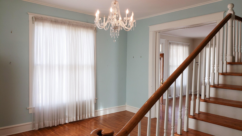 Large photo 12 of Ozark home for sale at 601 River Street, Ozark, AR