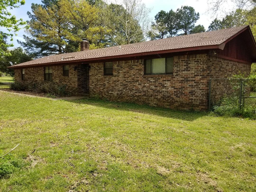 Large photo 2 of Ozark home for sale at 6833 Leisure , Ozark, AR