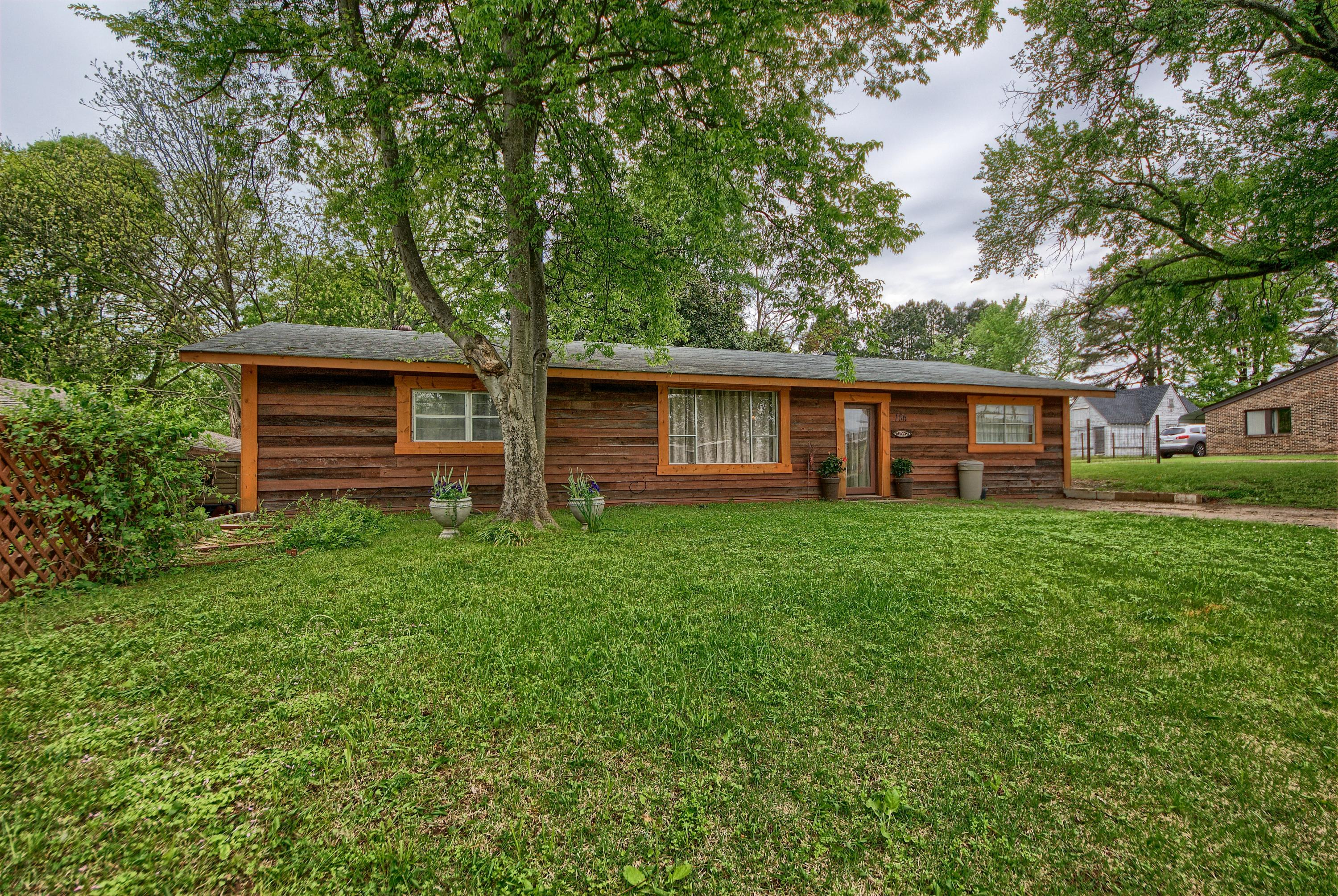 Large photo 2 of Ola home for sale at 106 5th Street, Ola, AR
