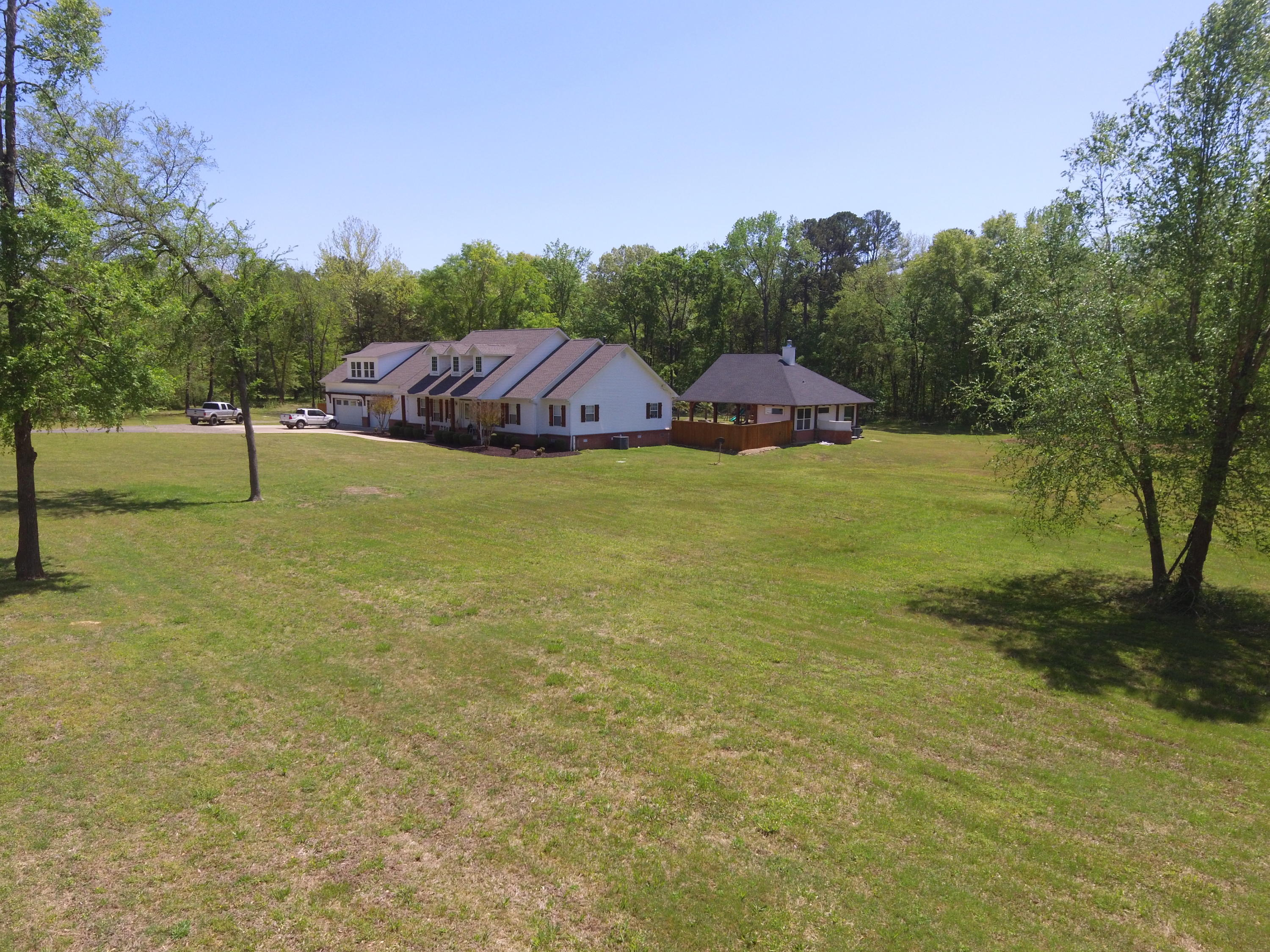 Large photo 53 of home for sale at 1051 Center Valley Road, Russellville, AR