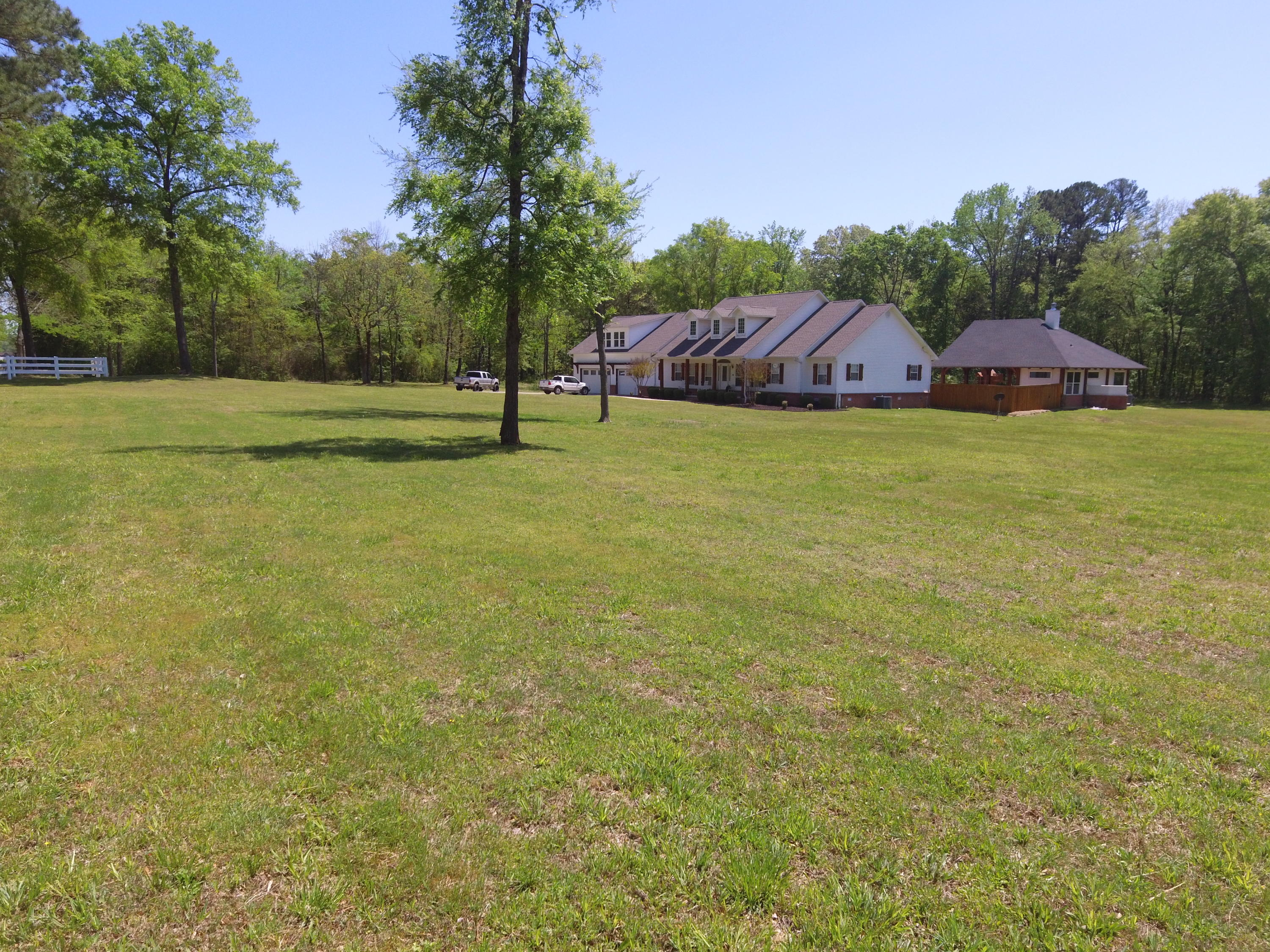 Large photo 56 of home for sale at 1051 Center Valley Road, Russellville, AR
