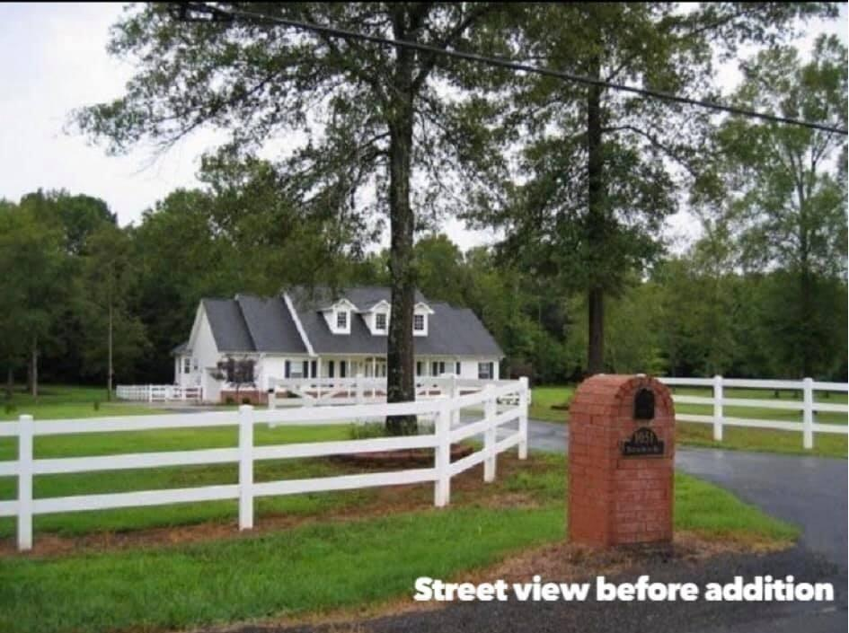 Large photo 78 of home for sale at 1051 Center Valley Road, Russellville, AR