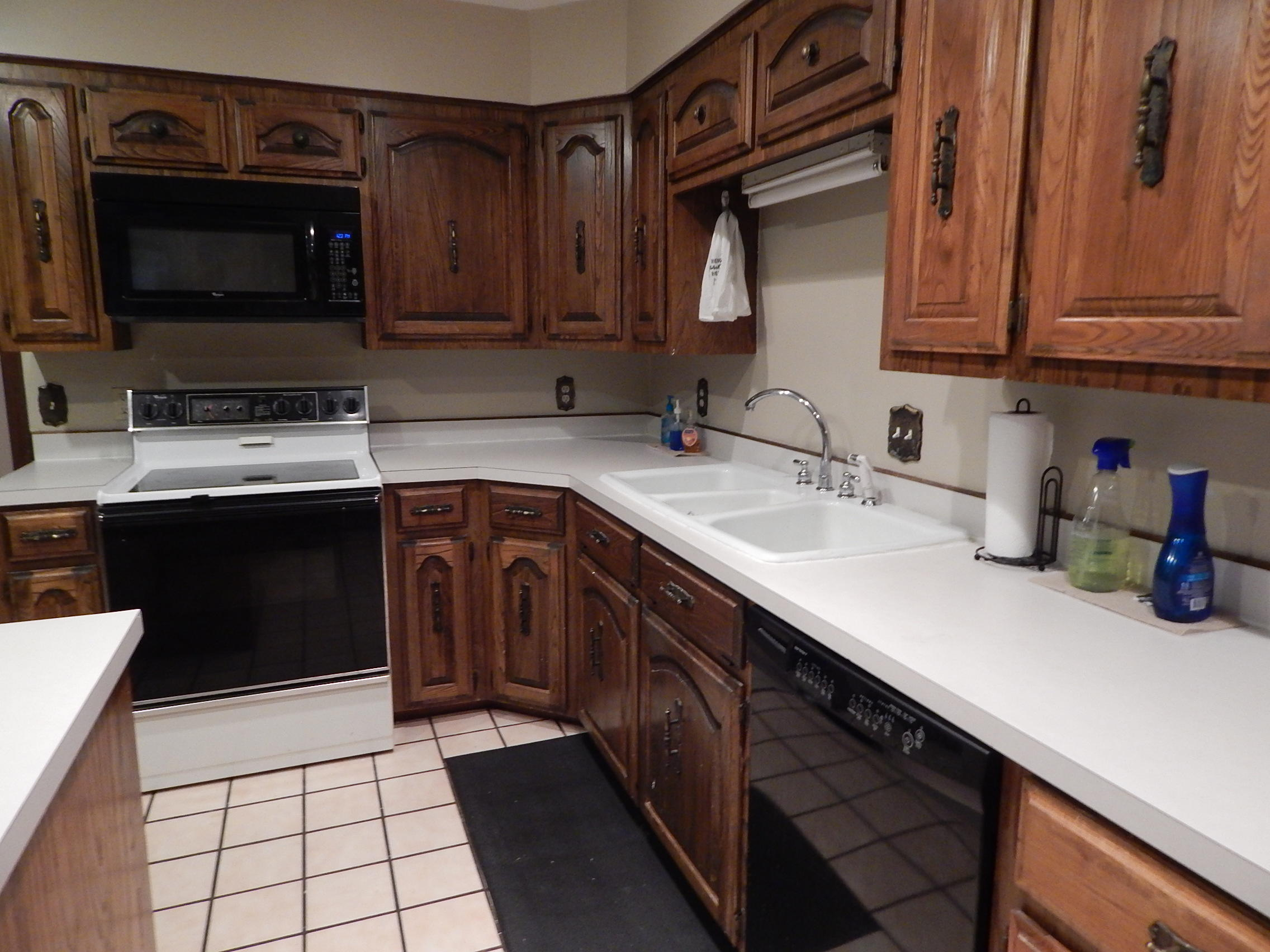 Large photo 9 of home for sale at 918 Inglewood Avenue, Russellville, AR