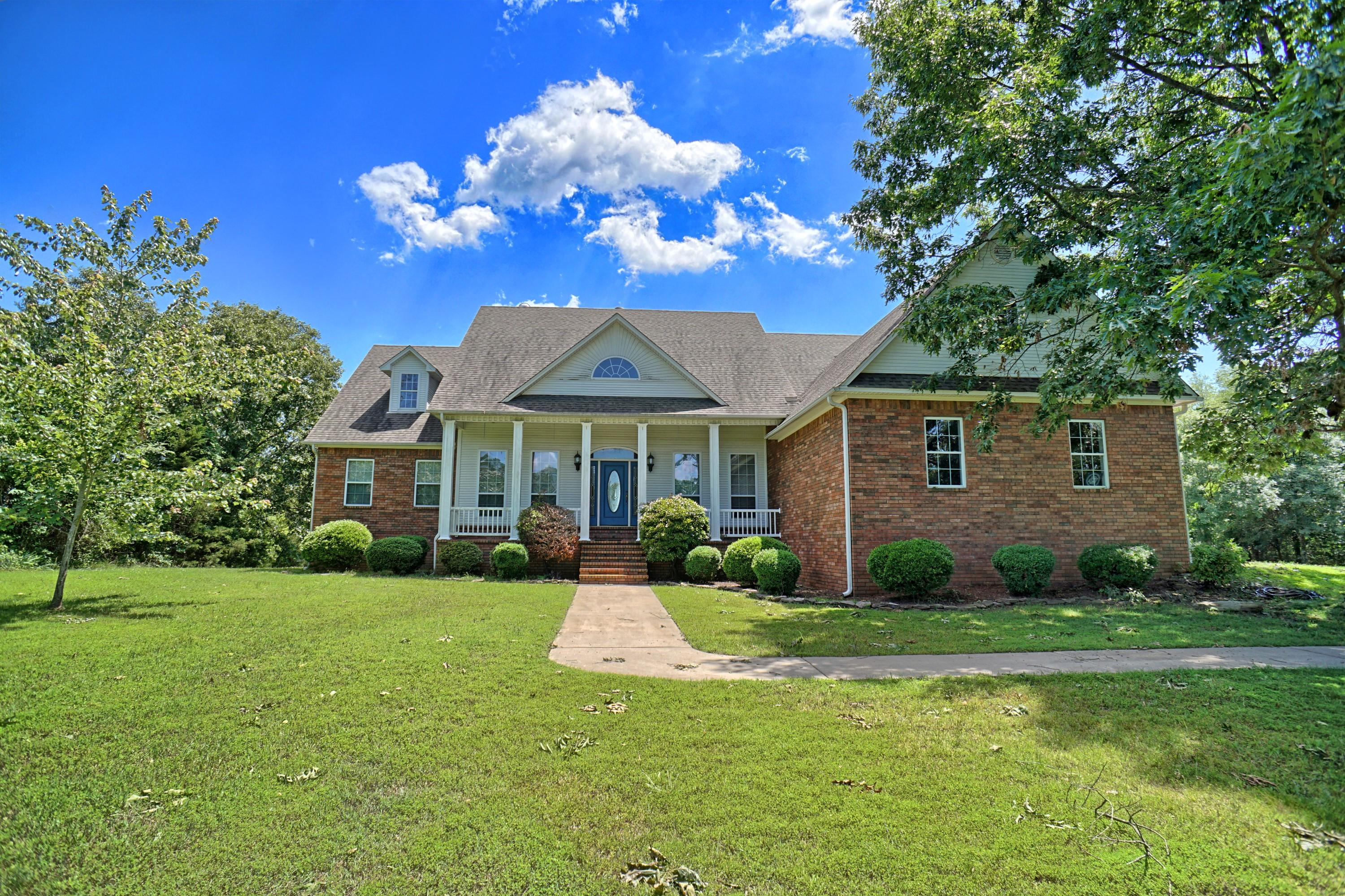 Large photo 47 of home for sale at 10 Galaxy Lane, London, AR