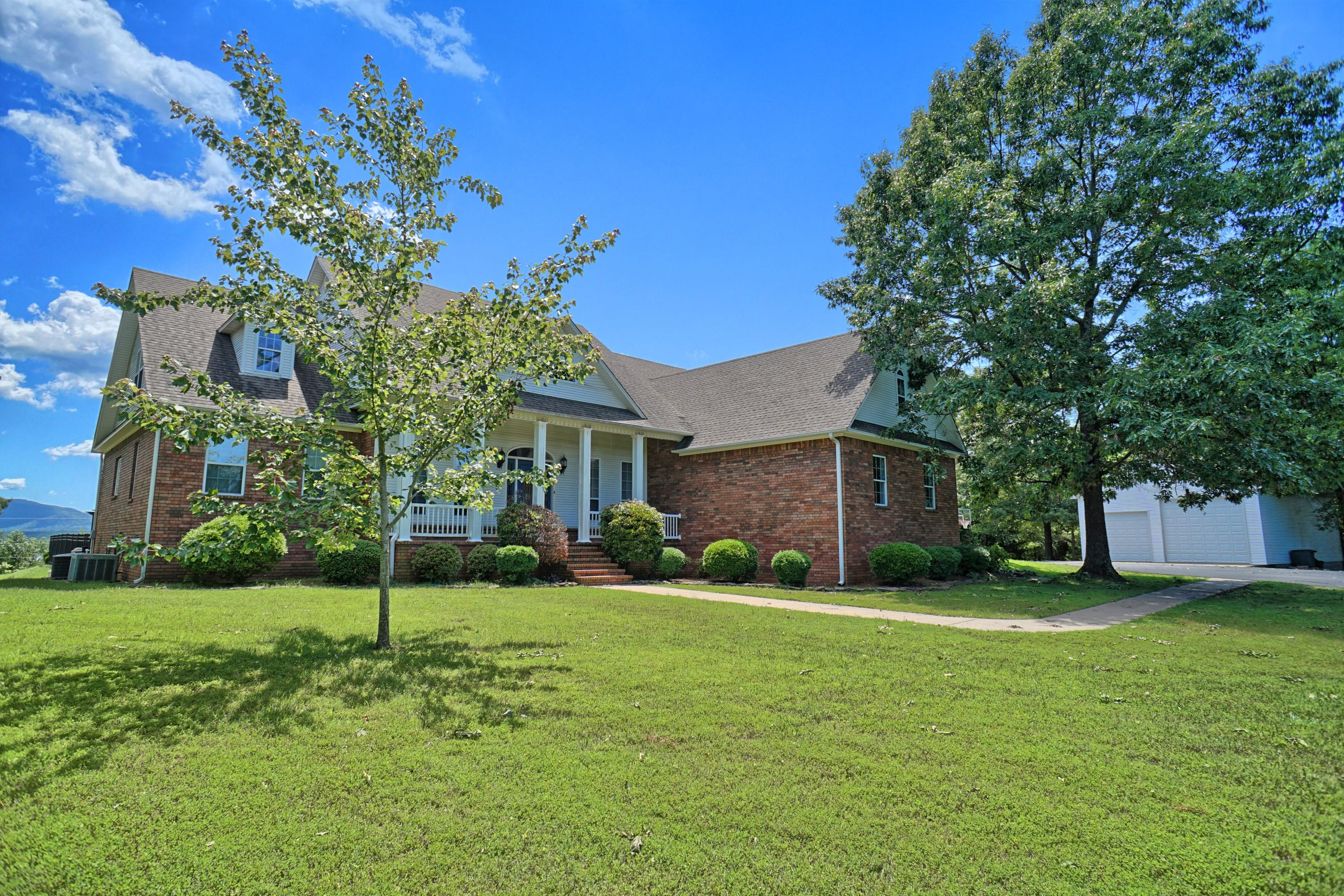 Large photo 44 of home for sale at 10 Galaxy Lane, London, AR