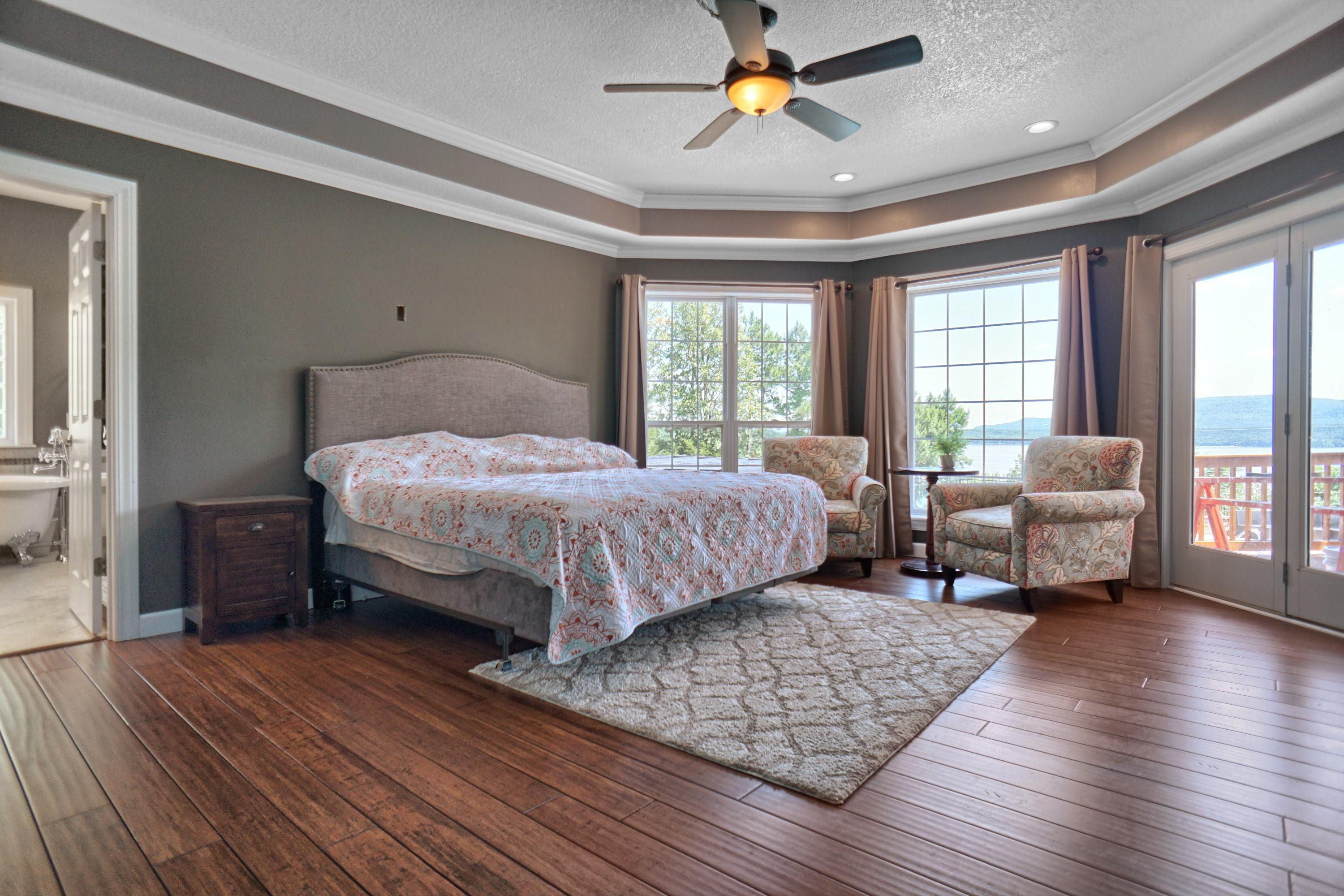 Large photo 26 of home for sale at 10 Galaxy Lane, London, AR