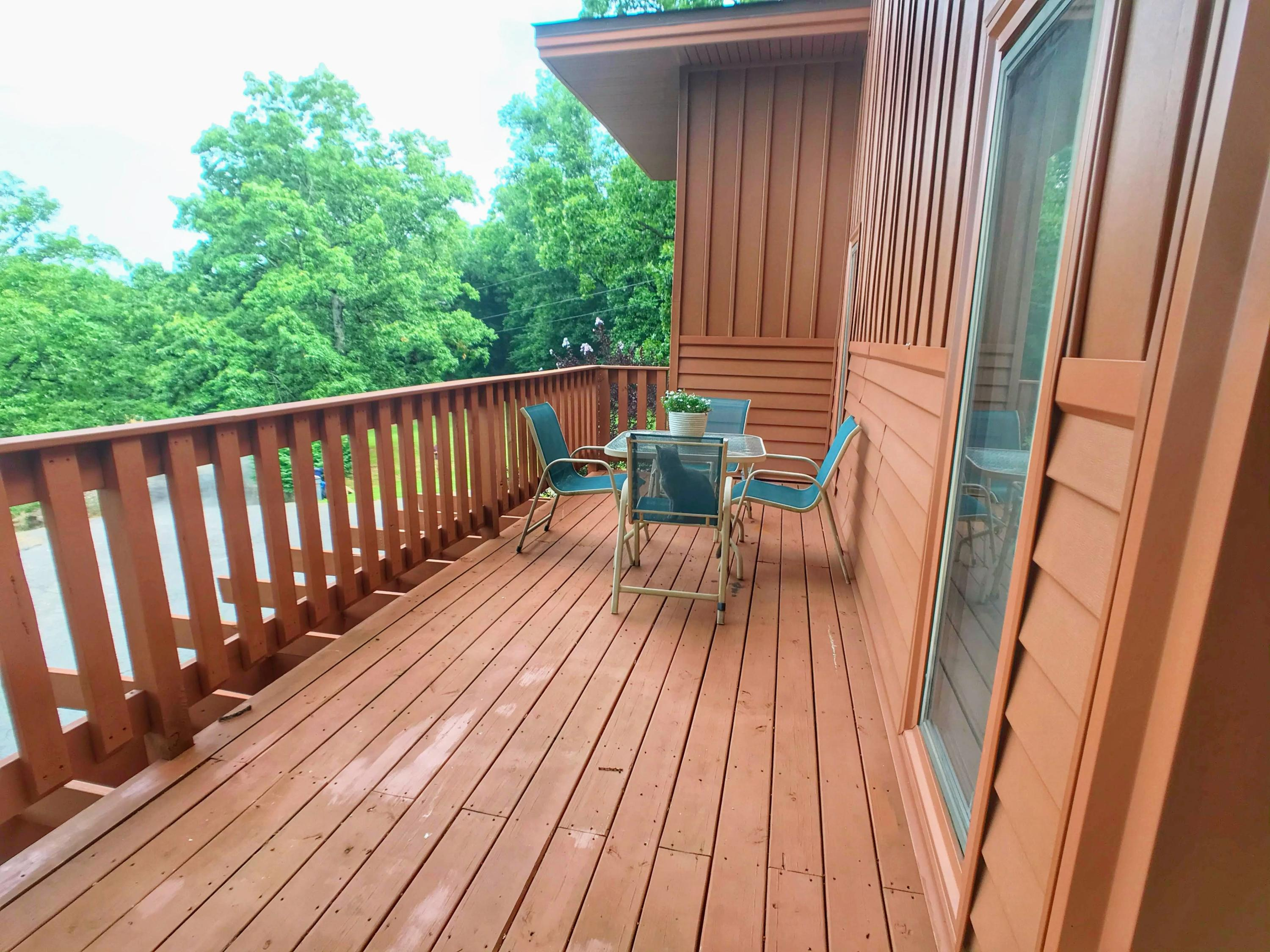 Large photo 11 of home for sale at 282 Royal Oaks Lane, Russellville, AR