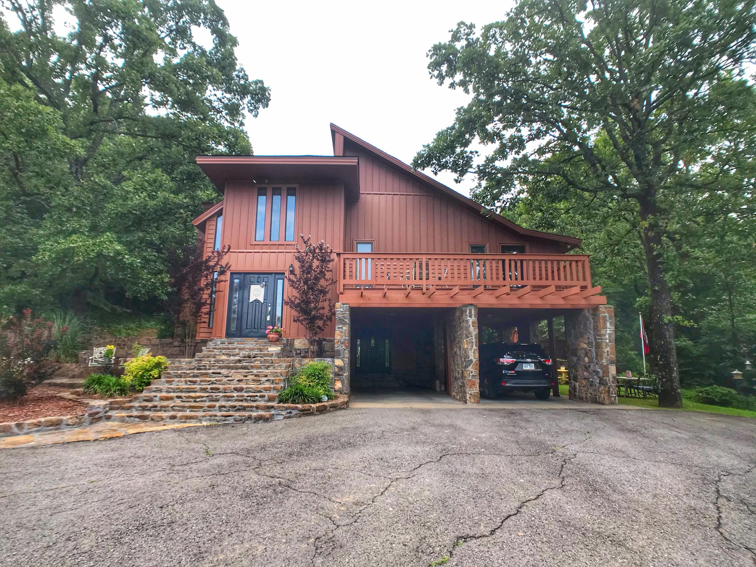Large photo 3 of home for sale at 282 Royal Oaks Lane, Russellville, AR