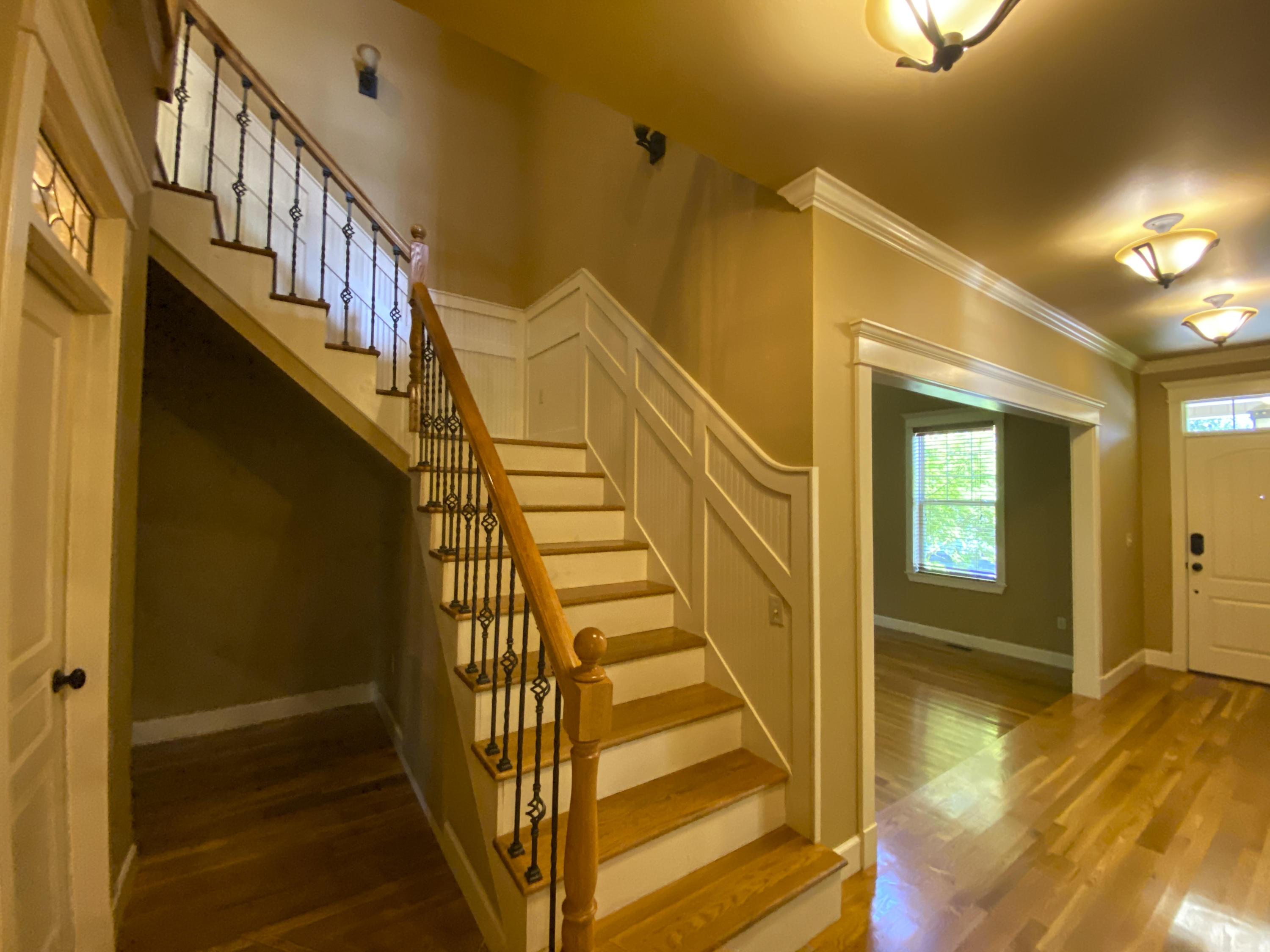 Large photo 7 of home for sale at 2103 6th Street, Russellville, AR