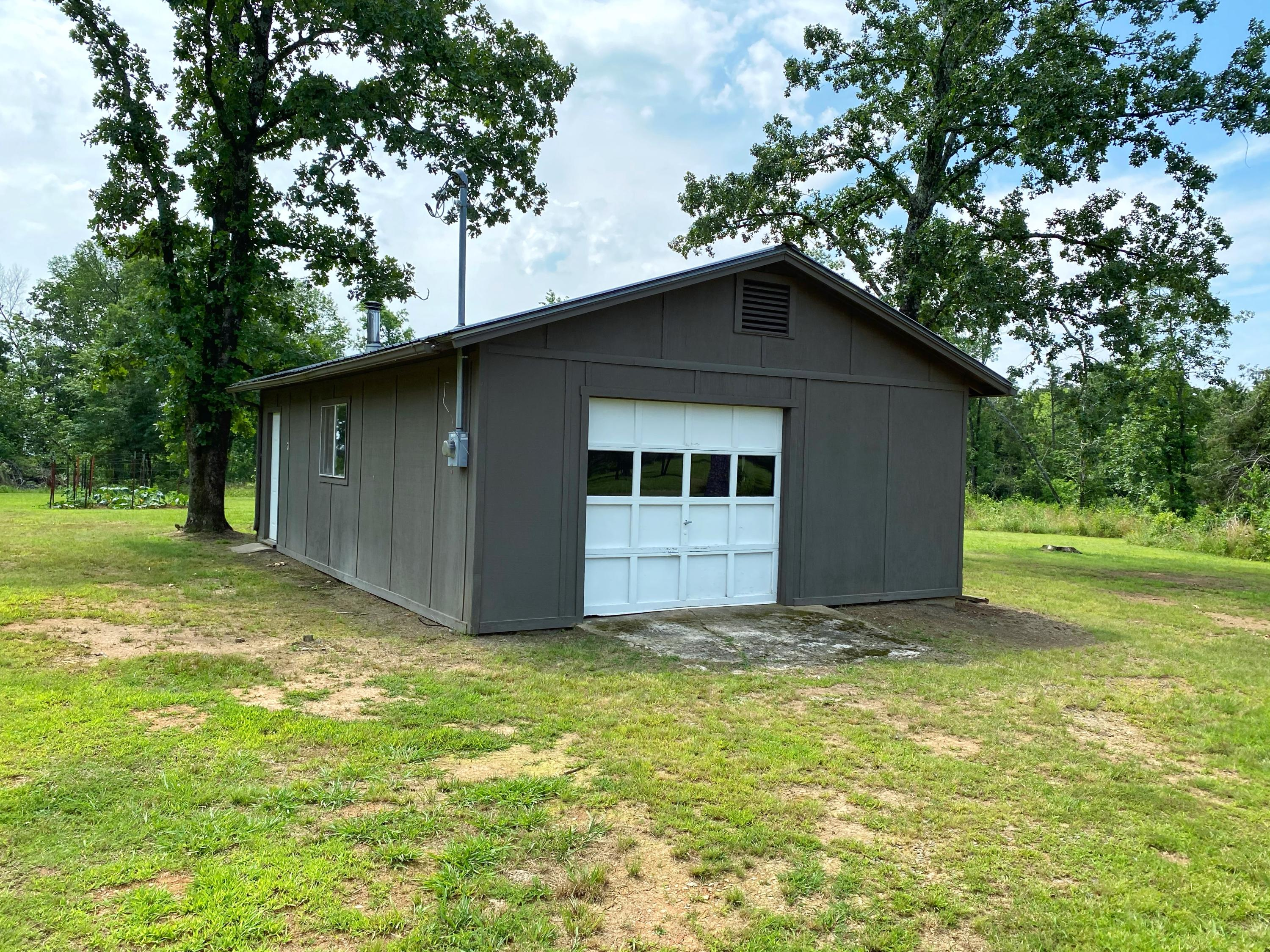 Large photo 40 of home for sale at 9061 AR-16 , Clinton, AR