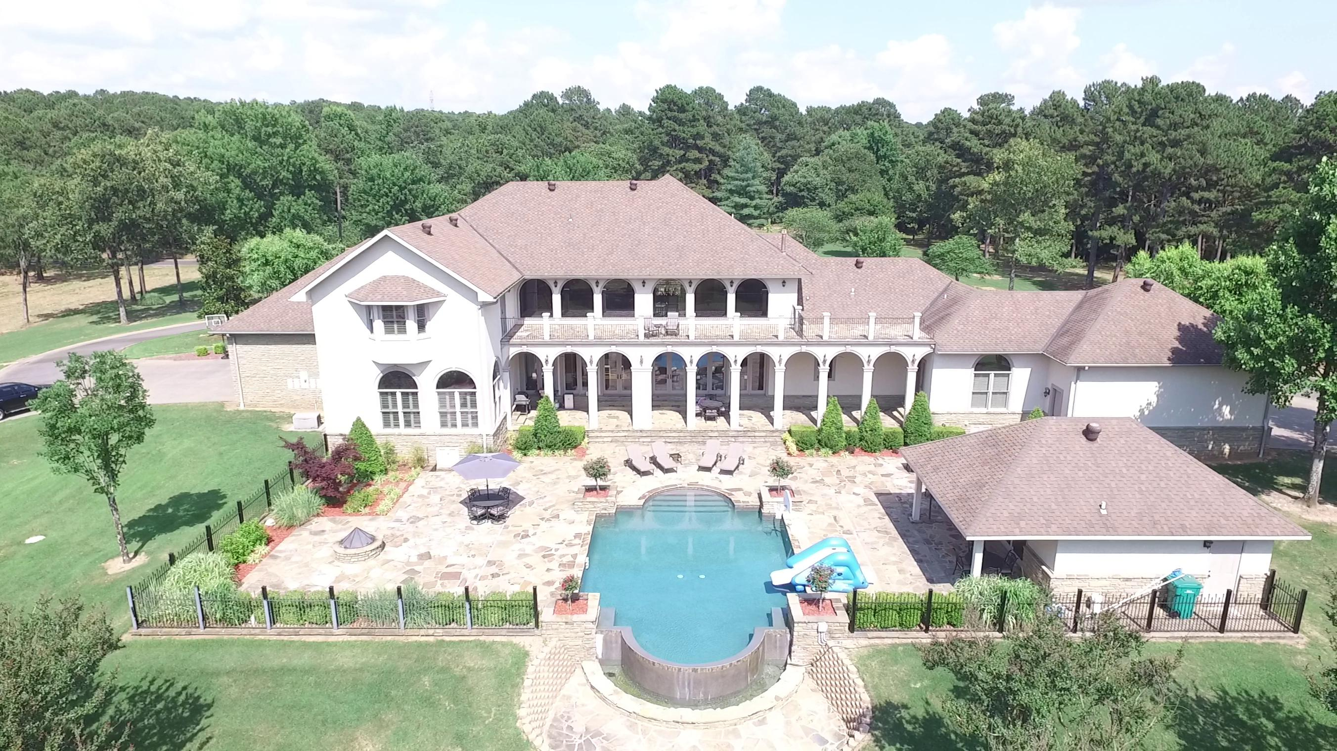 Large photo 1 of home for sale at 201 Turrentine Place , Russellville, AR