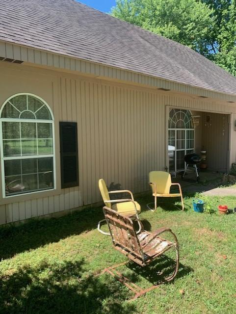 Large photo 3 of home for sale at 301 Stanton Drive, Clarksville, AR