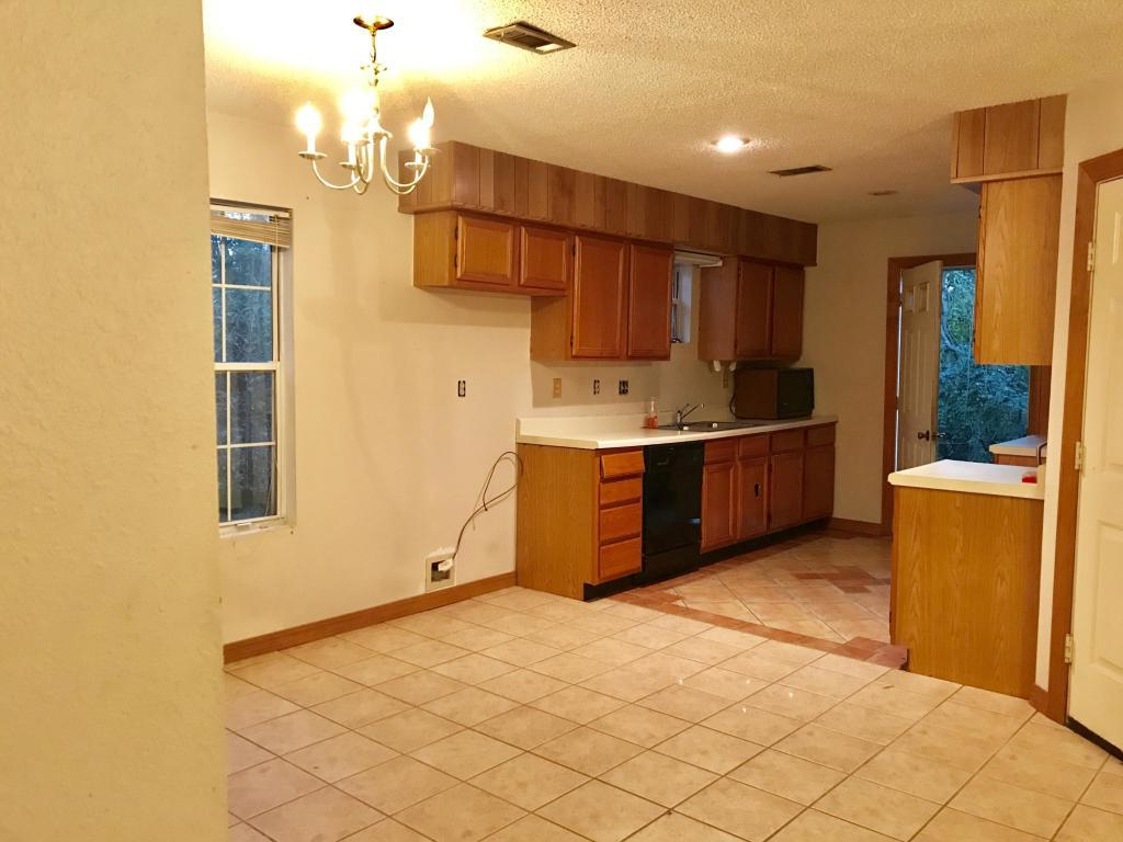 Large photo 6 of home for sale at 301 Stanton Drive, Clarksville, AR
