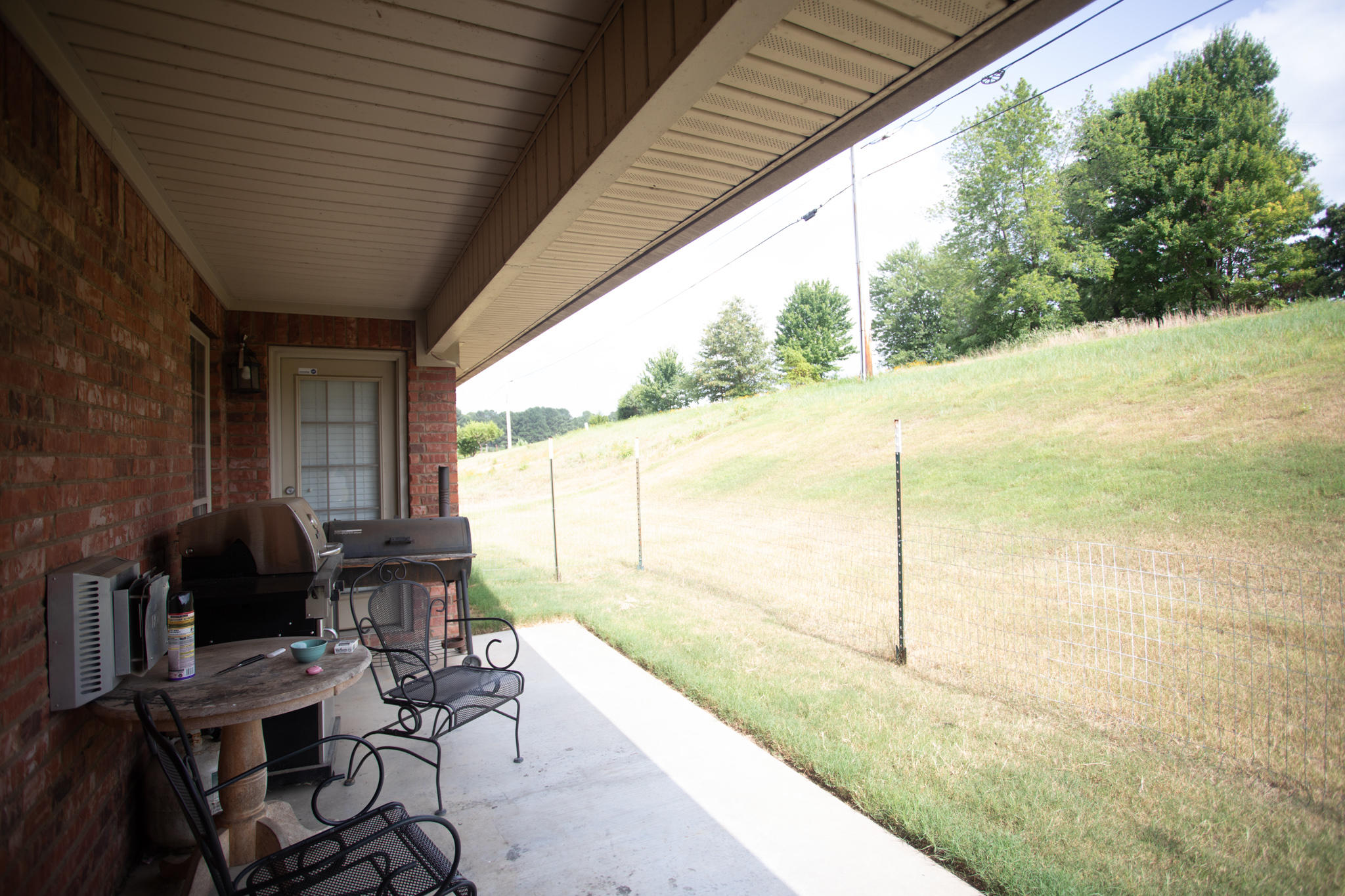 Large photo 24 of home for sale at 220 Hawthorne Lane, Russellville, AR