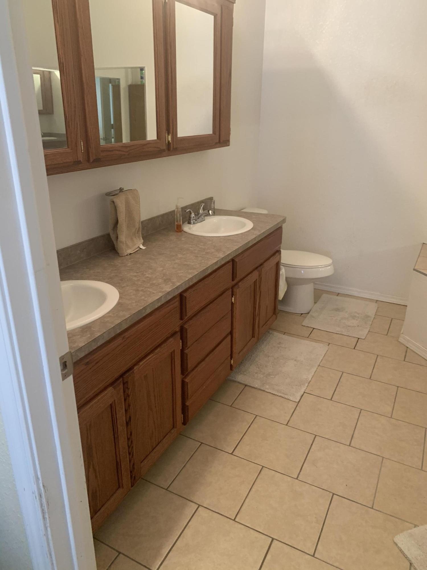 Large photo 16 of Lamar home for sale at 124 Cedarwood Drive, Lamar, AR