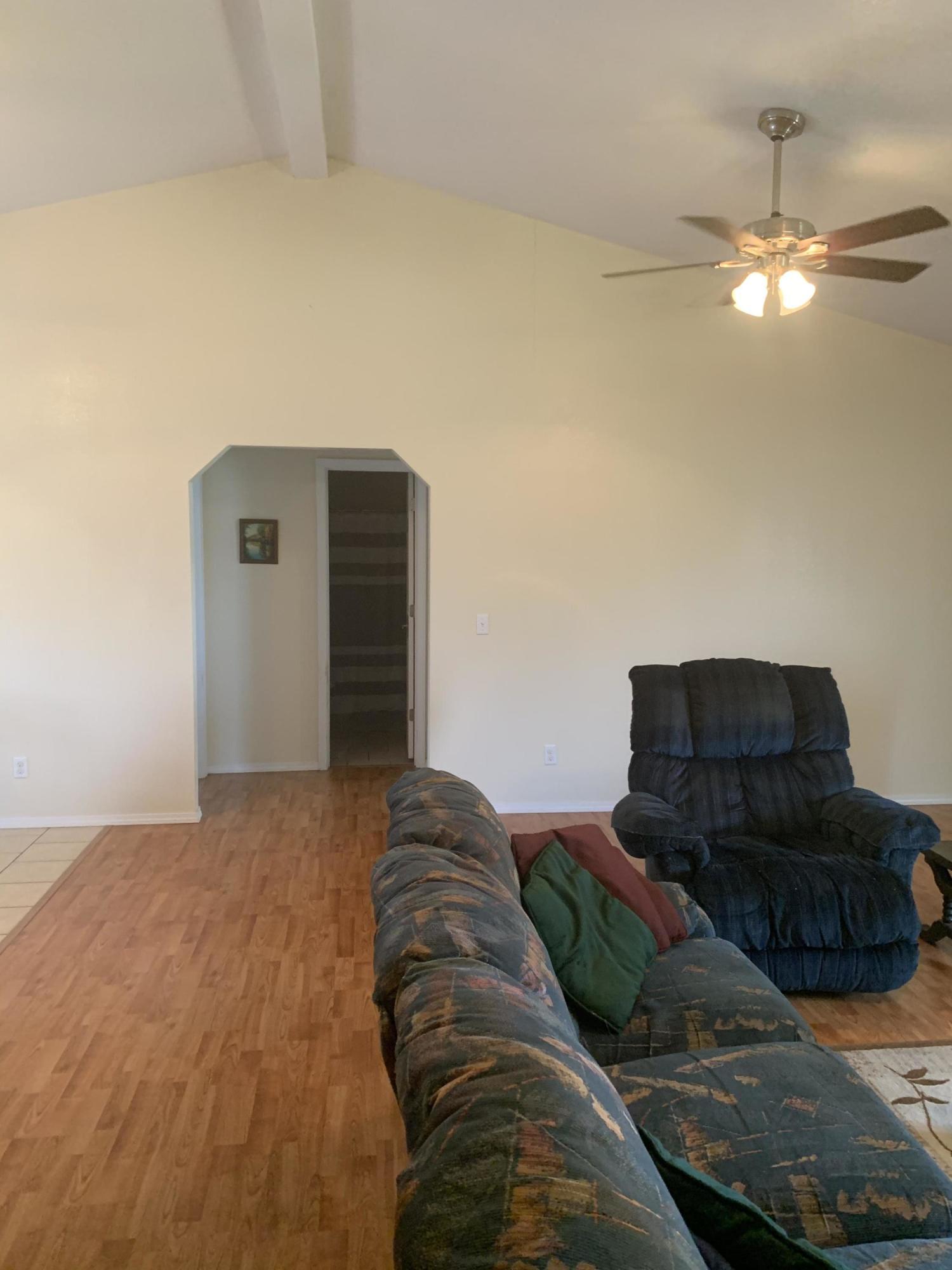 Large photo 7 of Lamar home for sale at 124 Cedarwood Drive, Lamar, AR