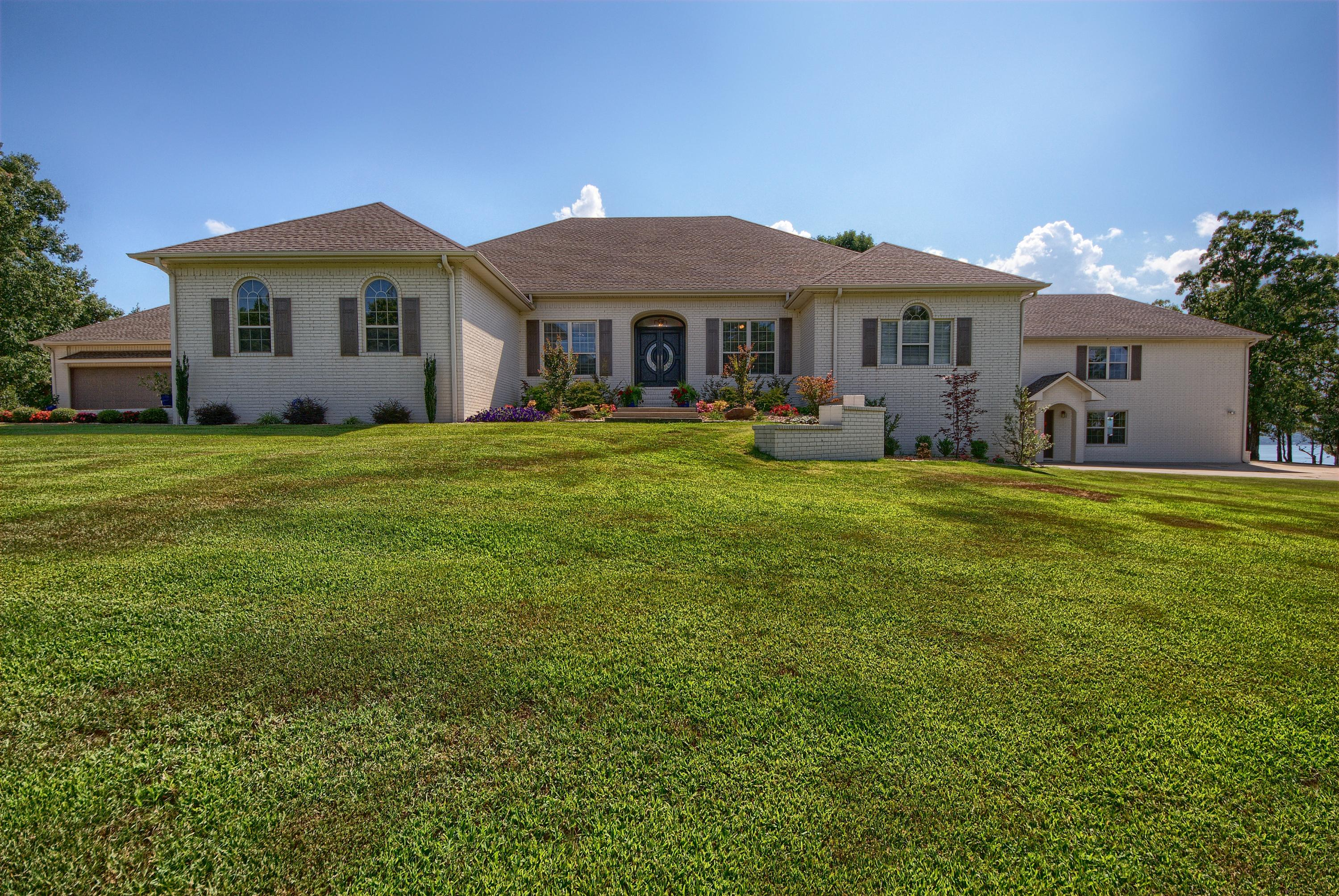 Large photo 1 of home for sale at 313 Milky Way Lane, London, AR