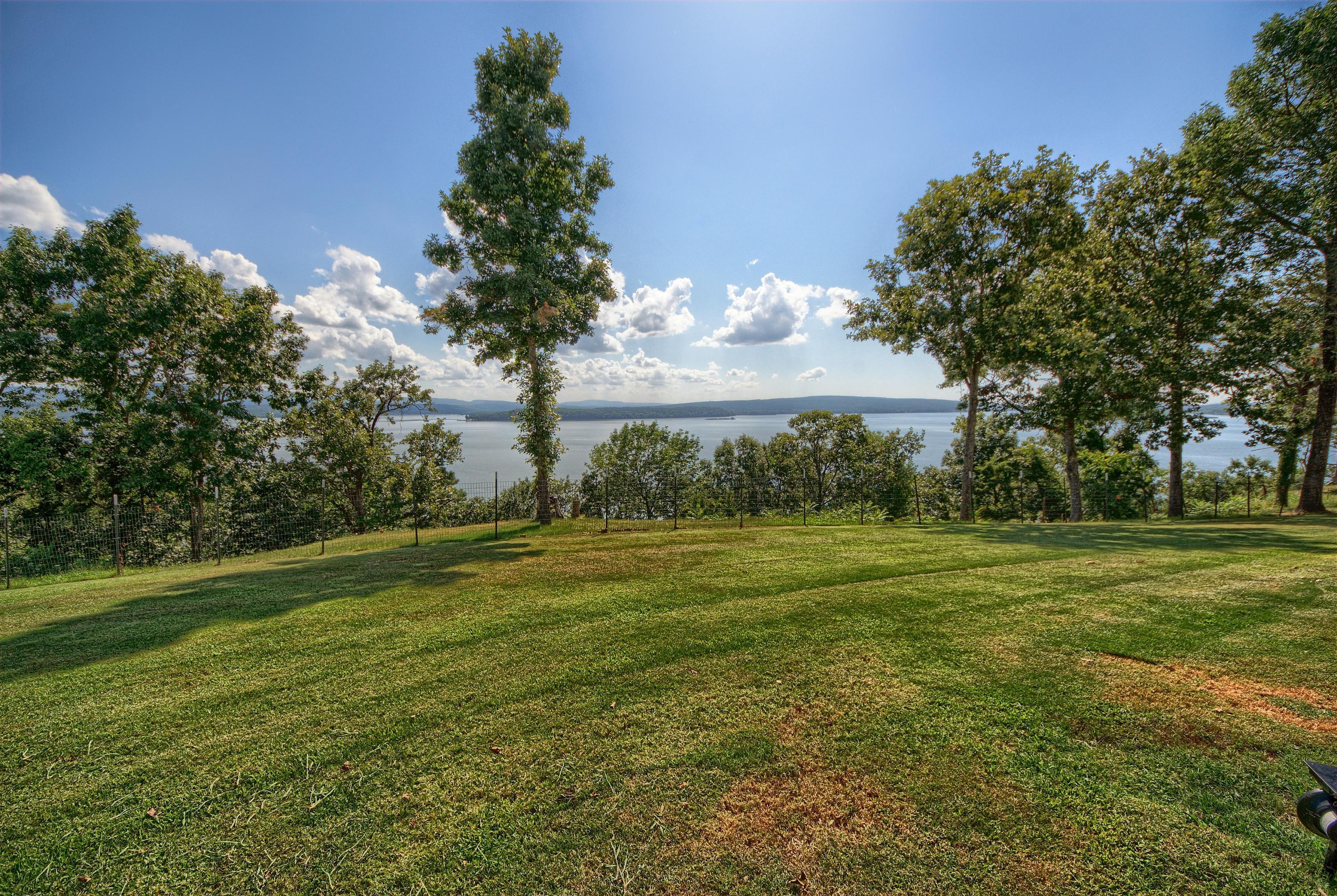 Large photo 10 of home for sale at 313 Milky Way Lane, London, AR