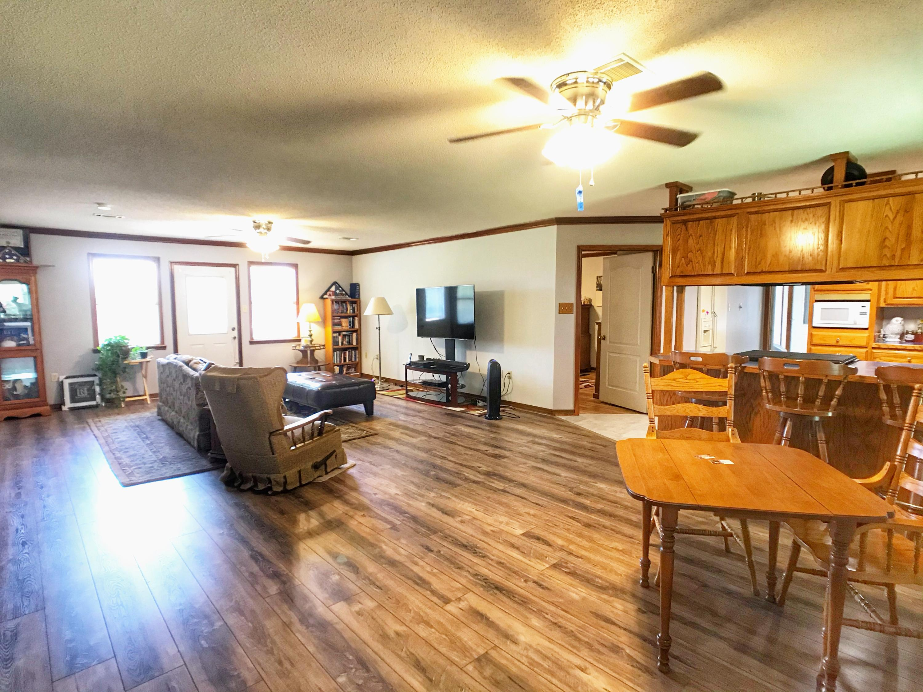 Large photo 16 of home for sale at 175 Sparksford Drive, Russellville, AR