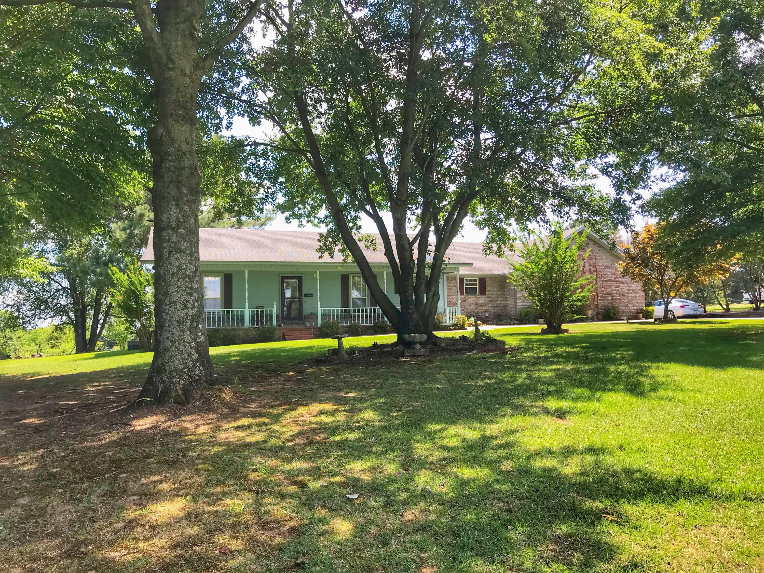 Large photo 2 of home for sale at 175 Sparksford Drive, Russellville, AR