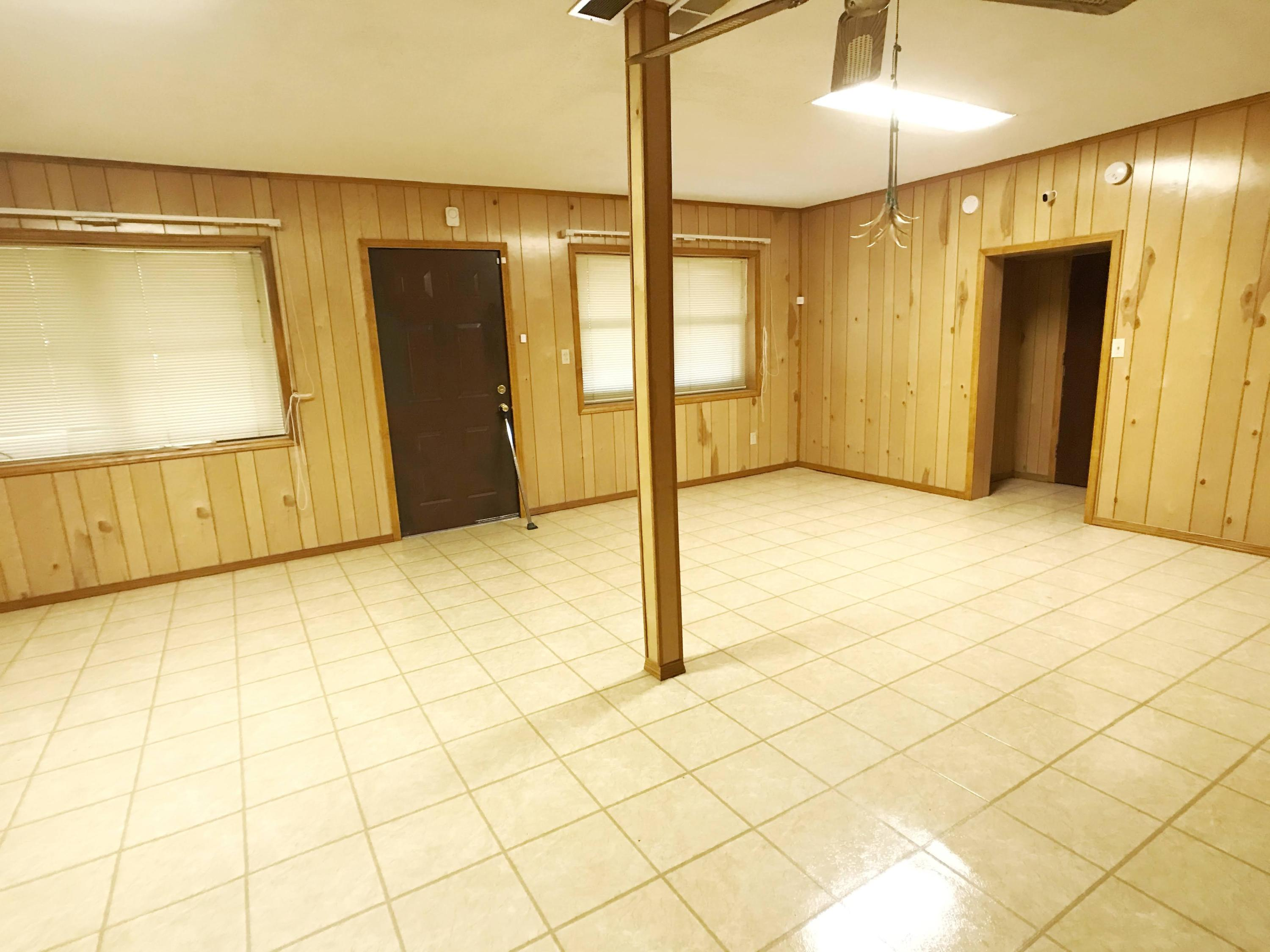 Large photo 19 of home for sale at 1730 Dwight Mission Road, Russellville, AR