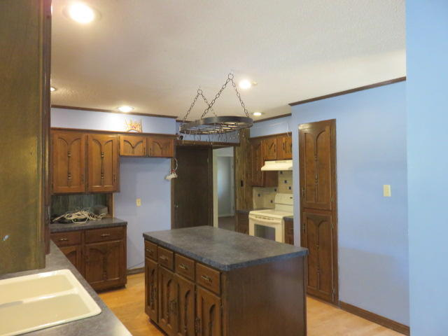 Large photo 11 of home for sale at 742 CR 2320 , Clarksville, AR