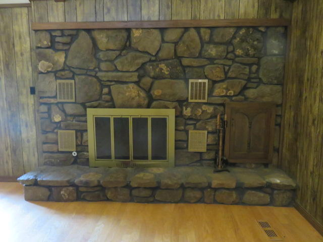 Large photo 18 of home for sale at 742 CR 2320 , Clarksville, AR