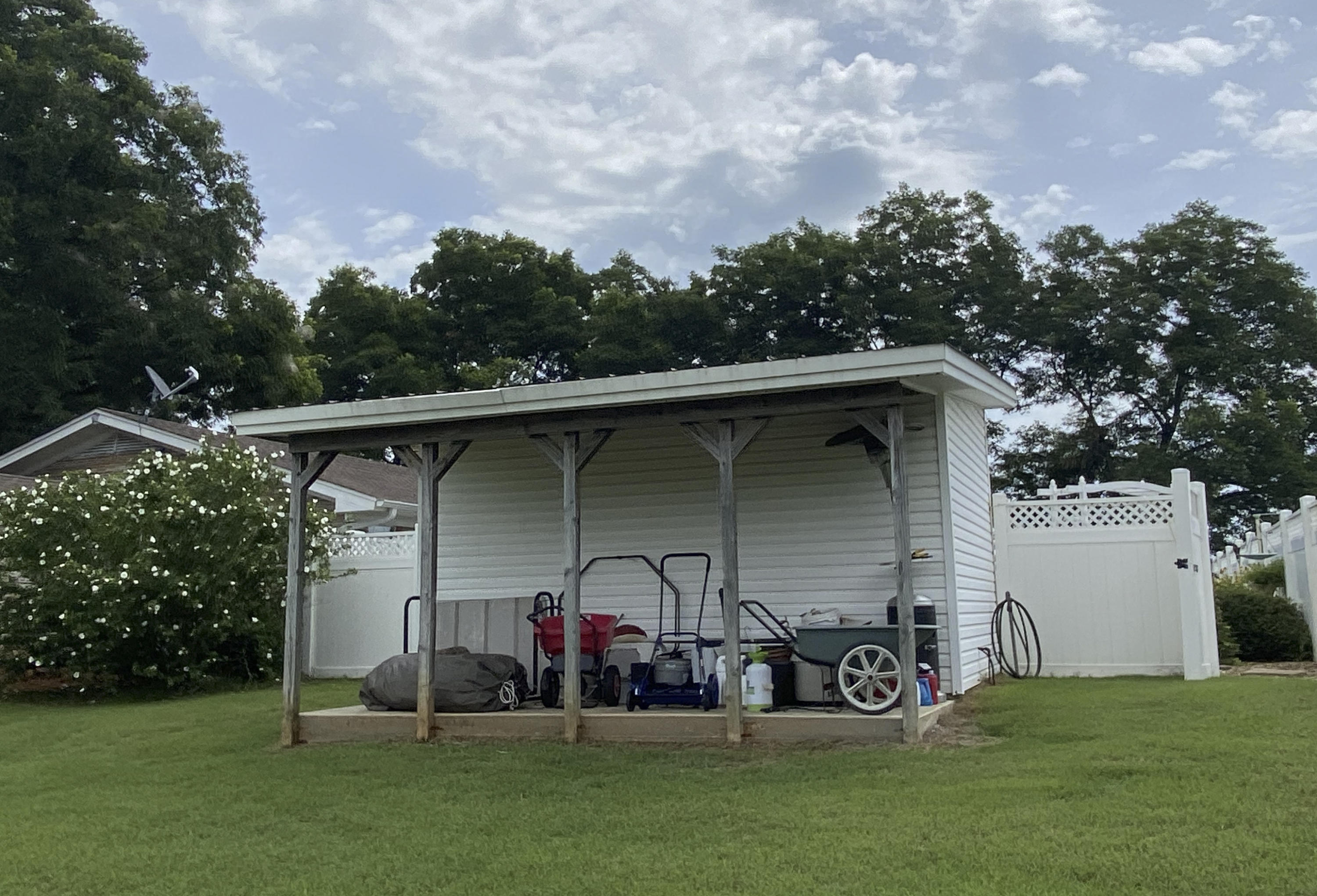 Large photo 34 of home for sale at 1437 Hudson Road, Pottsville, AR