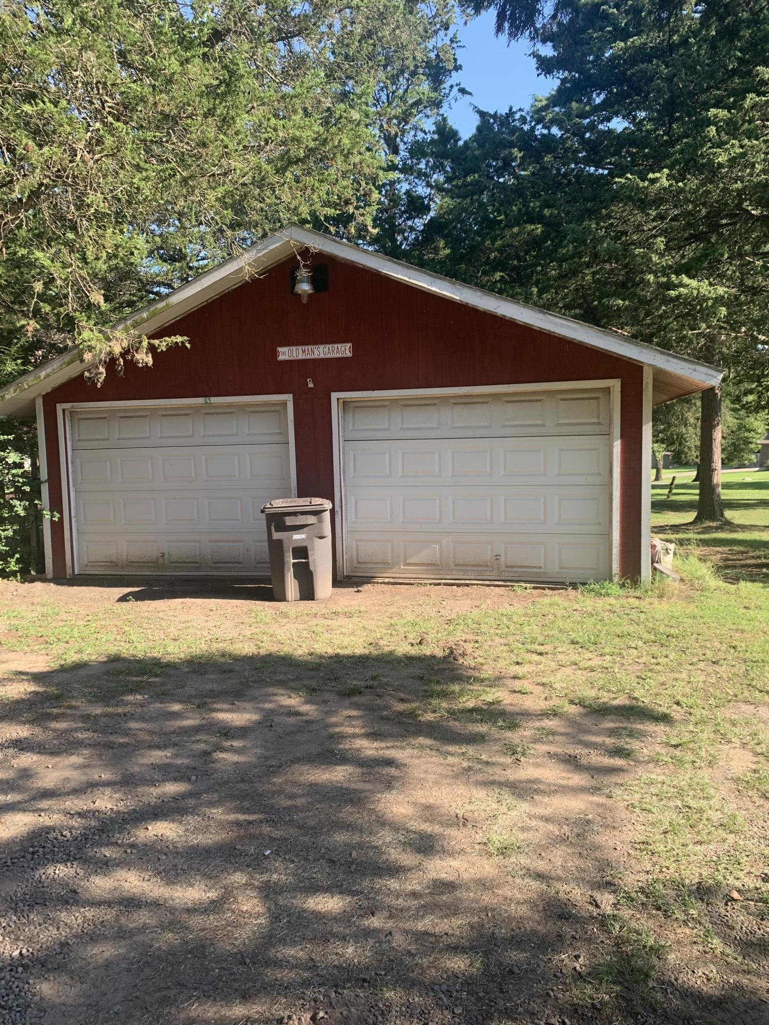Large photo 2 of home for sale at 827 Sherman Circle, Russellville, AR