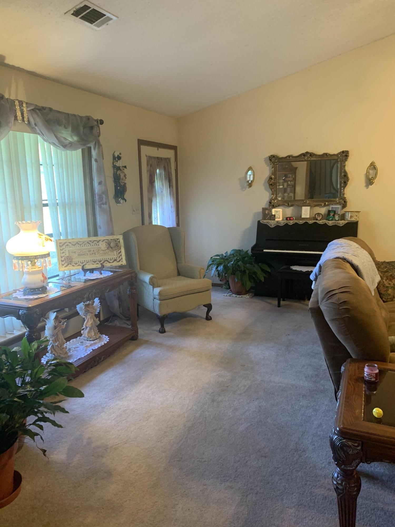 Large photo 14 of home for sale at 827 Sherman Circle, Russellville, AR