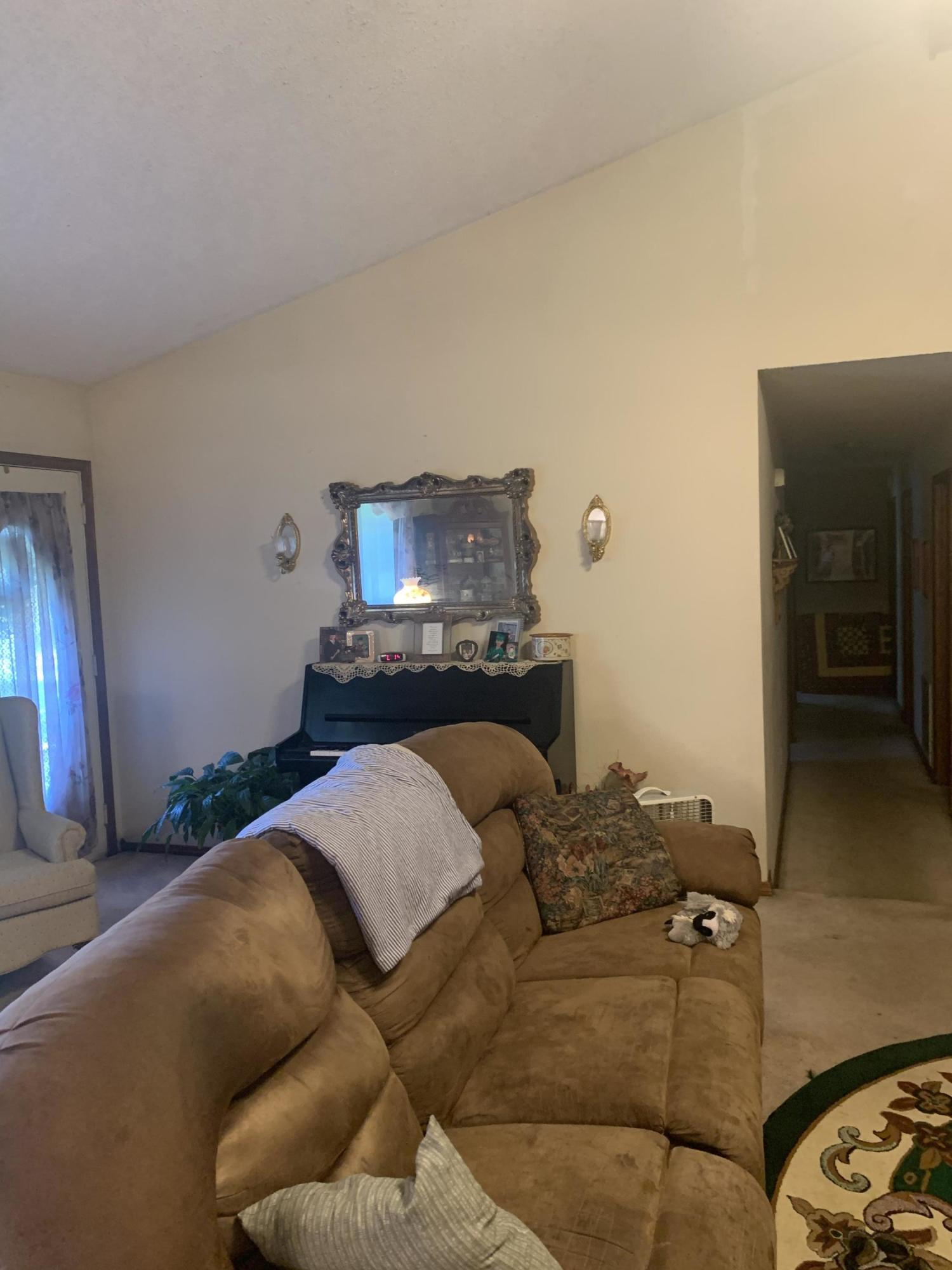 Large photo 4 of home for sale at 827 Sherman Circle, Russellville, AR