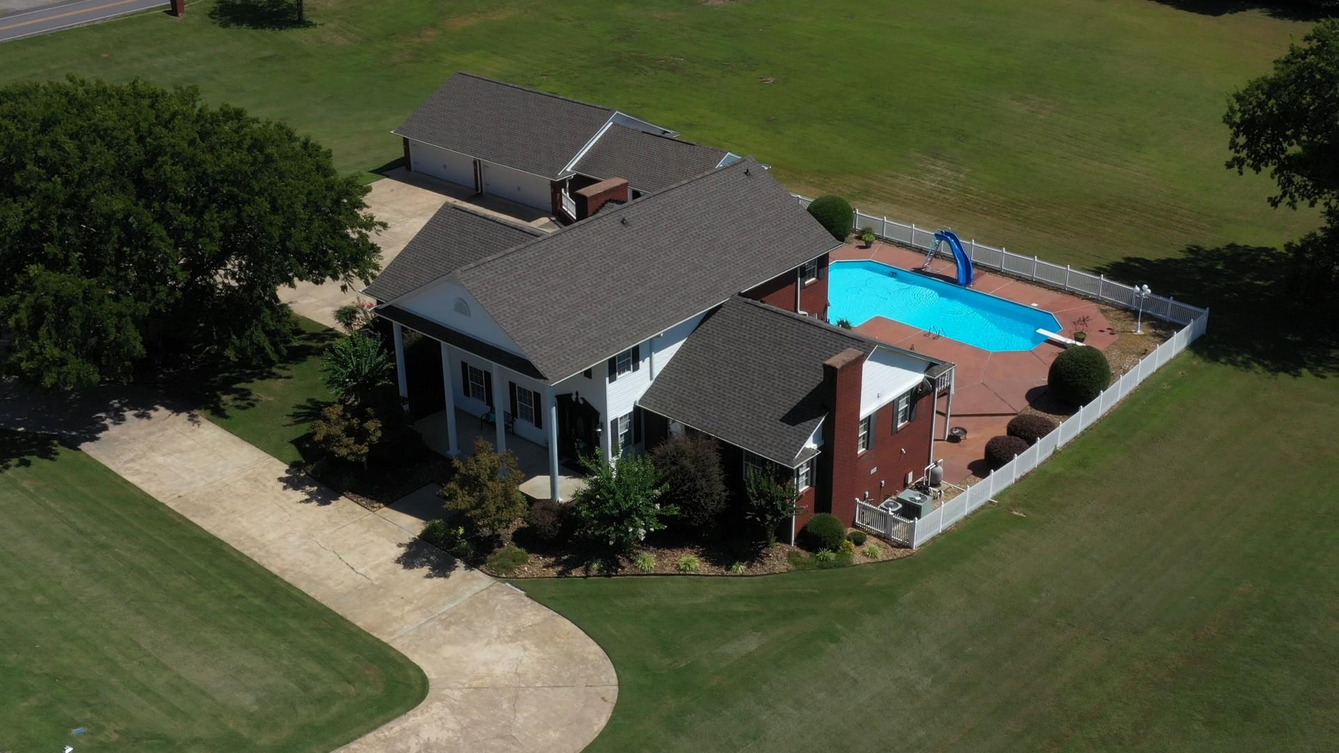 Large photo 3 of home for sale at 401 Carden Place, Russellville, AR