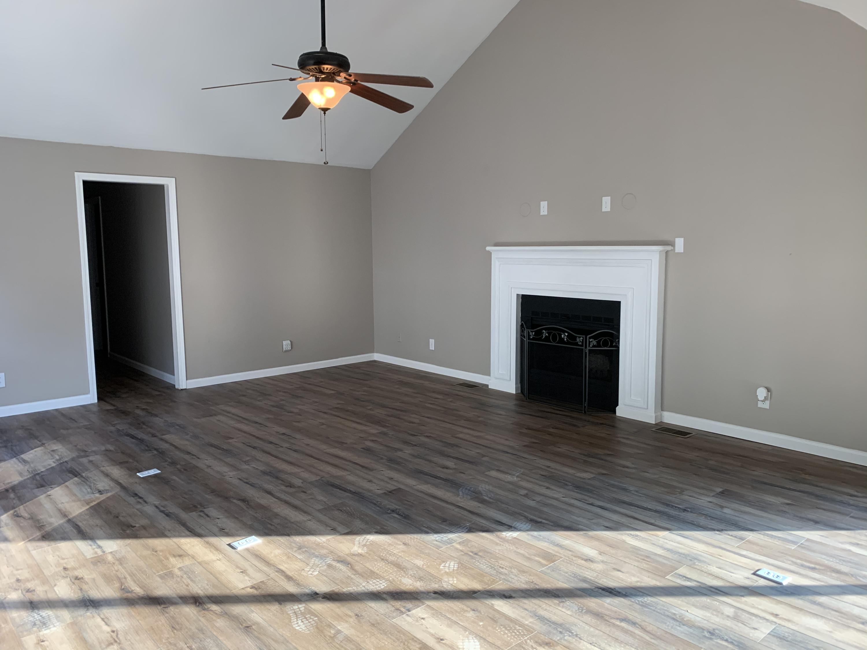 Large photo 6 of home for sale at 1103 Inglewood Avenue, Russellville, AR