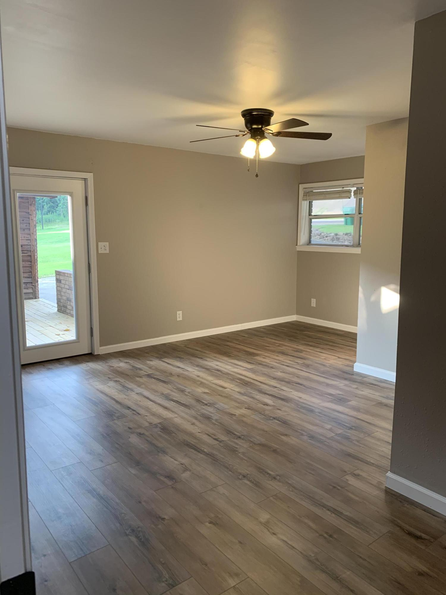Large photo 30 of home for sale at 1103 Inglewood Avenue, Russellville, AR