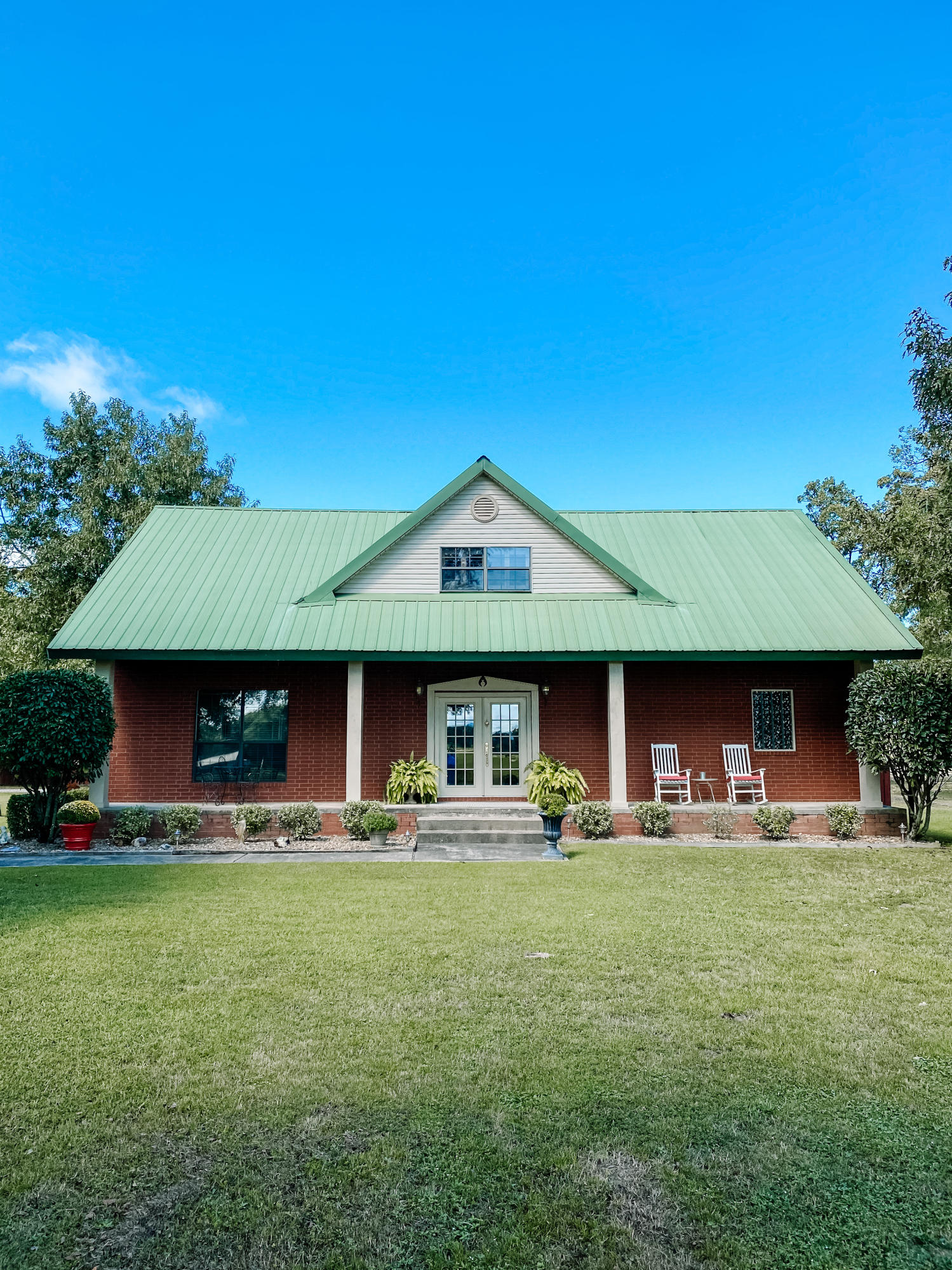 Large photo 2 of home for sale at 745 River Port Road, Scranton, AR