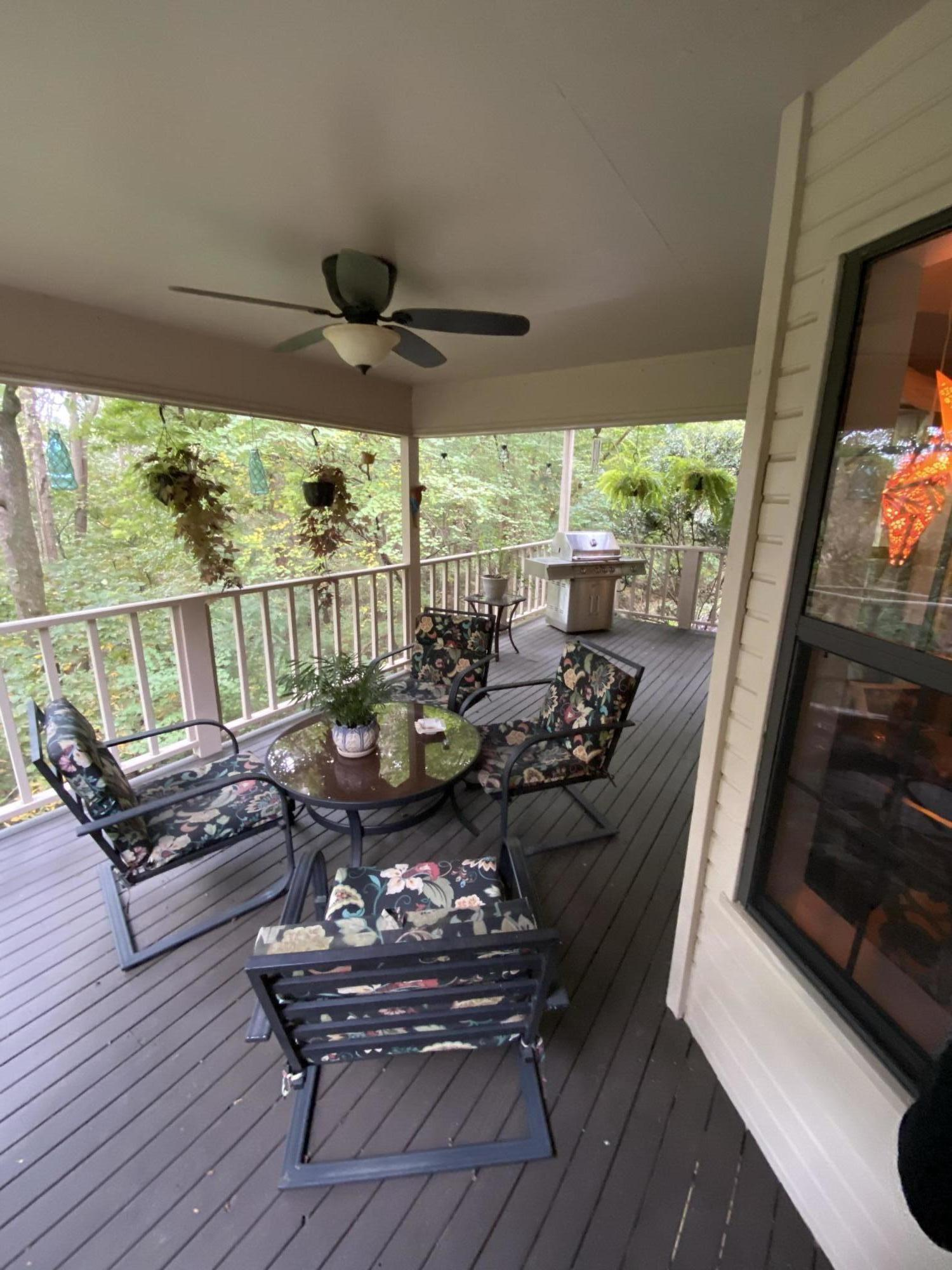 Large photo 2 of home for sale at 1616 Hilltop Drive, Russellville, AR