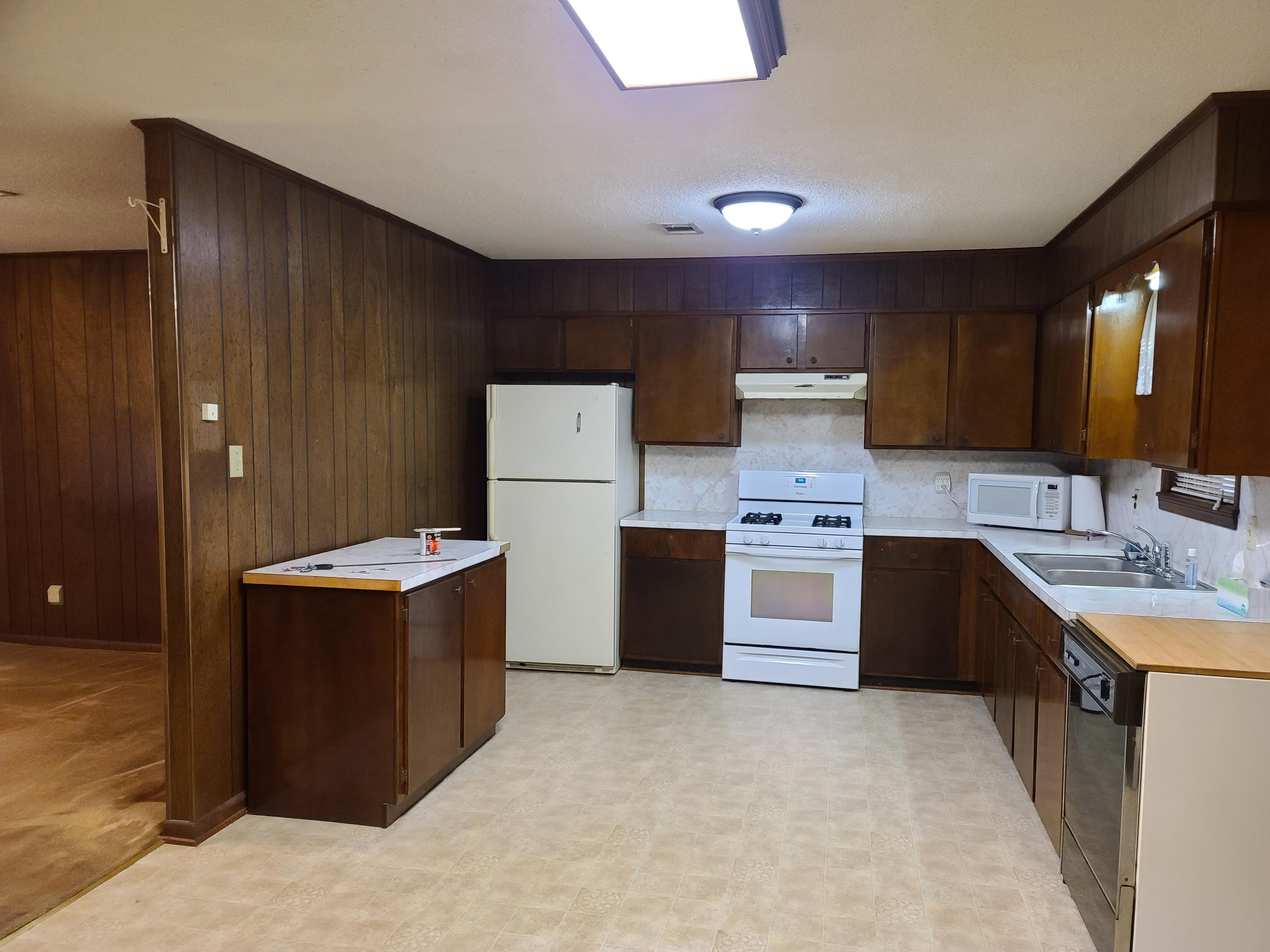 Large photo 6 of home for sale at 403 6th Street, Ola, AR