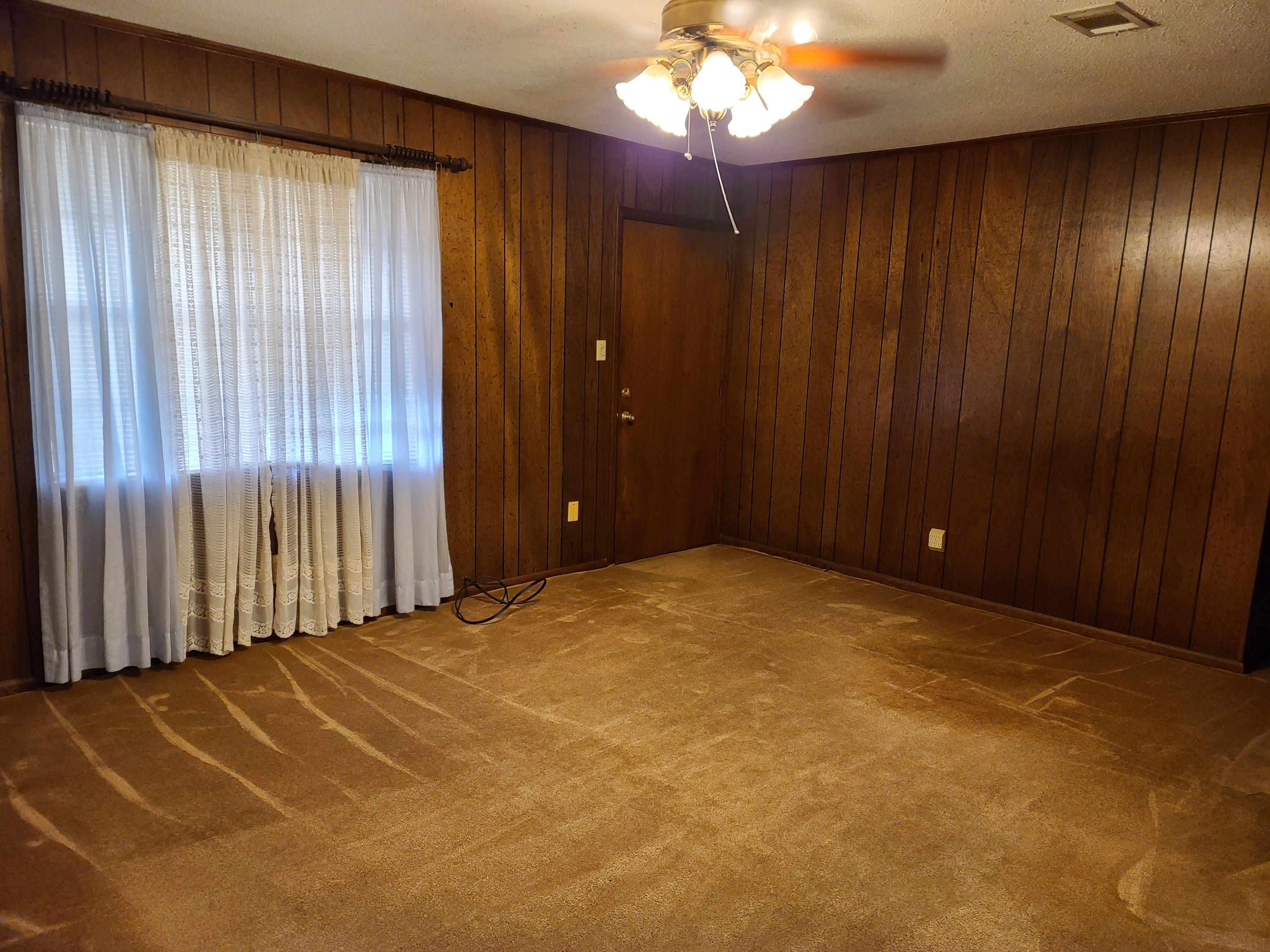 Large photo 8 of home for sale at 403 6th Street, Ola, AR