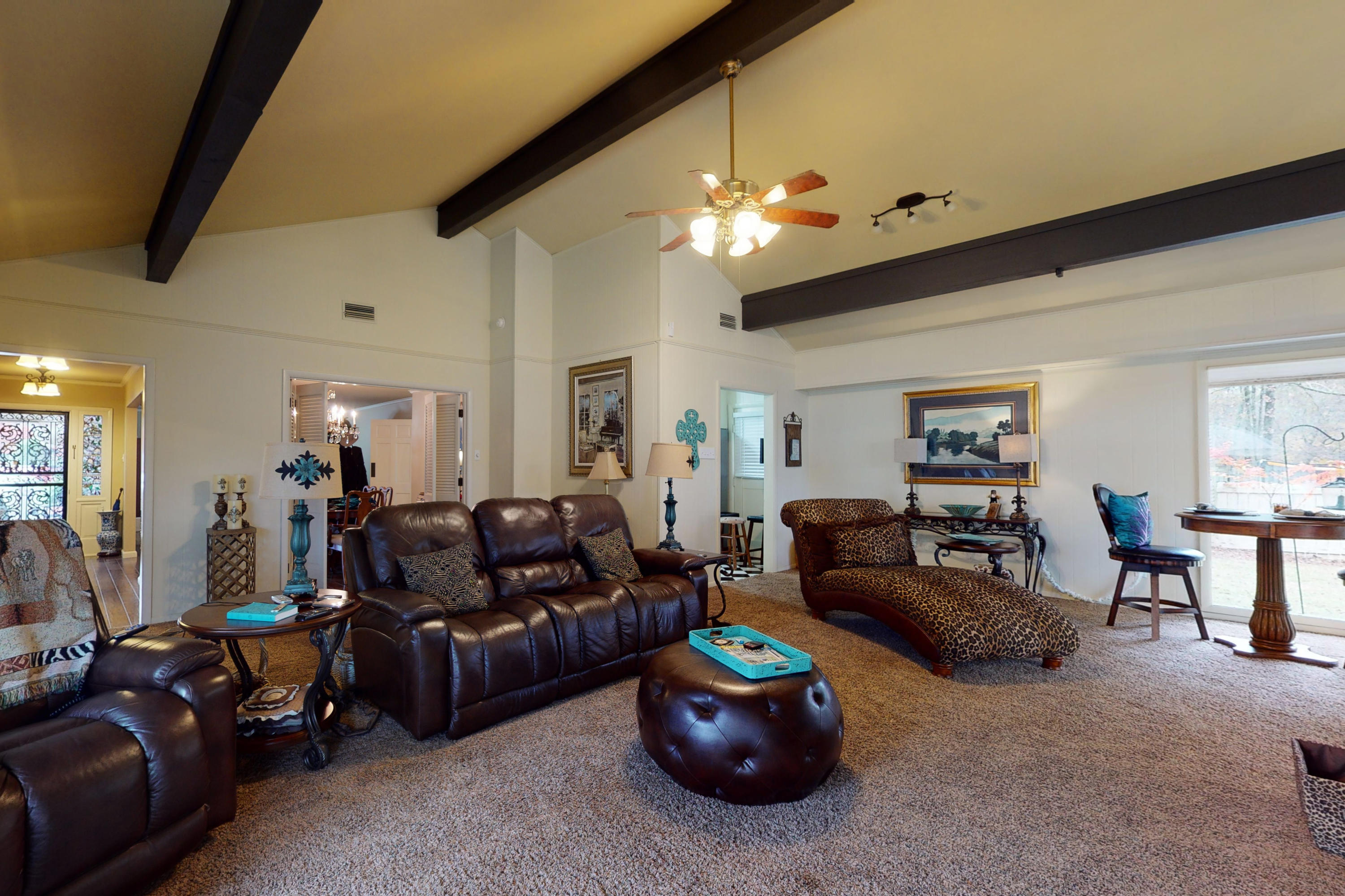 Large photo 14 of home for sale at 10821 Bay Ridge Drive, Dardanelle, AR