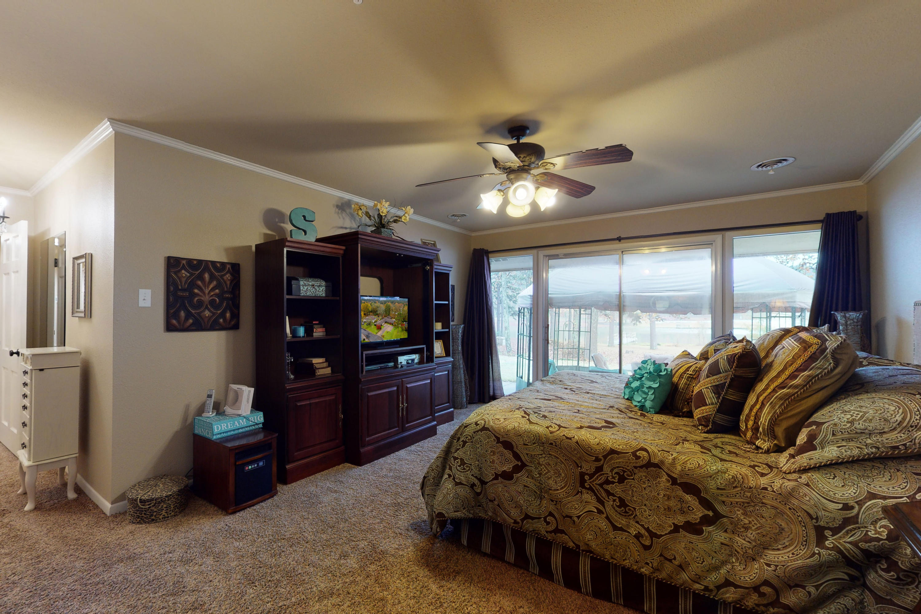 Large photo 21 of home for sale at 10821 Bay Ridge Drive, Dardanelle, AR