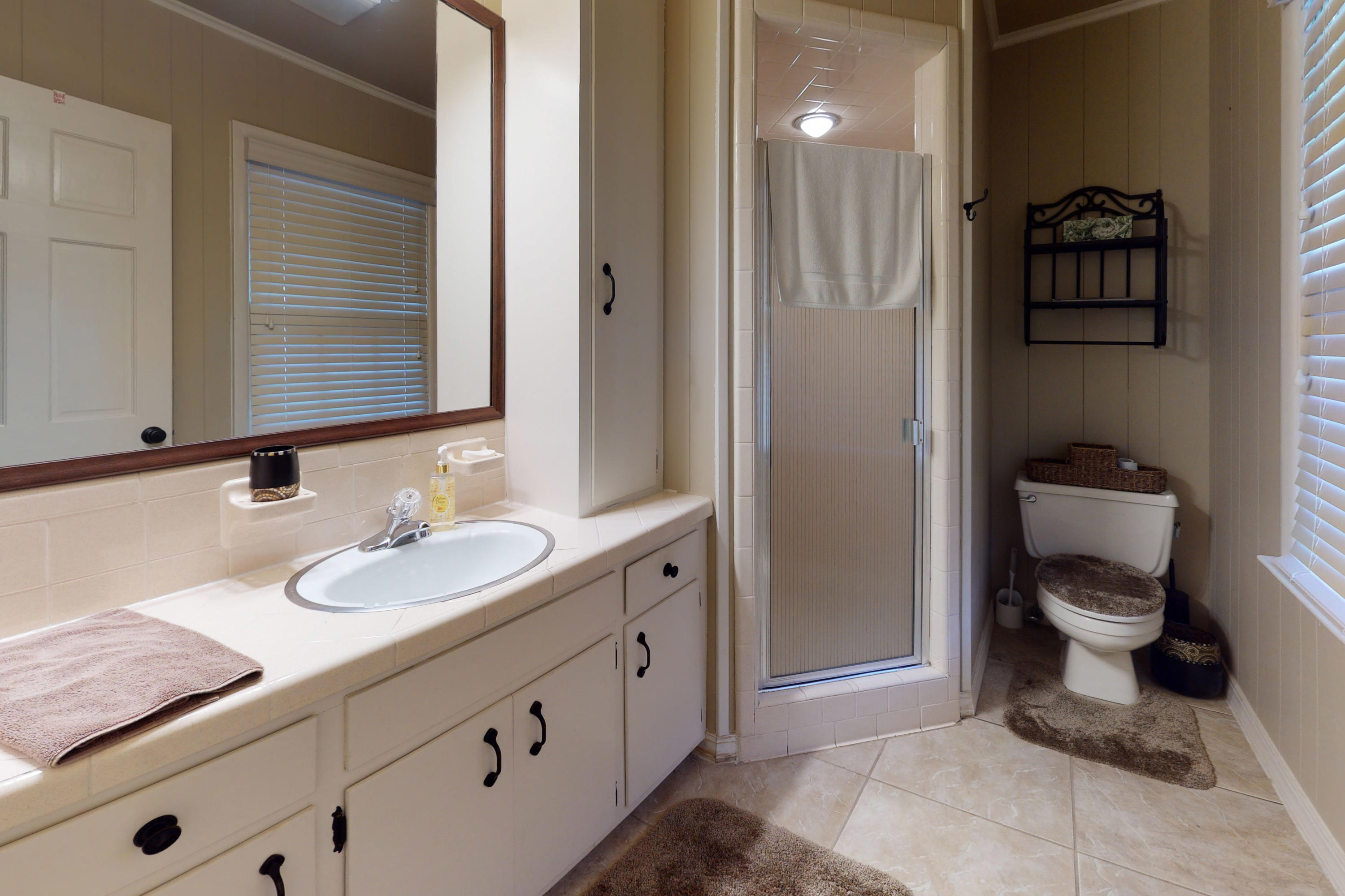 Large photo 32 of home for sale at 10821 Bay Ridge Drive, Dardanelle, AR